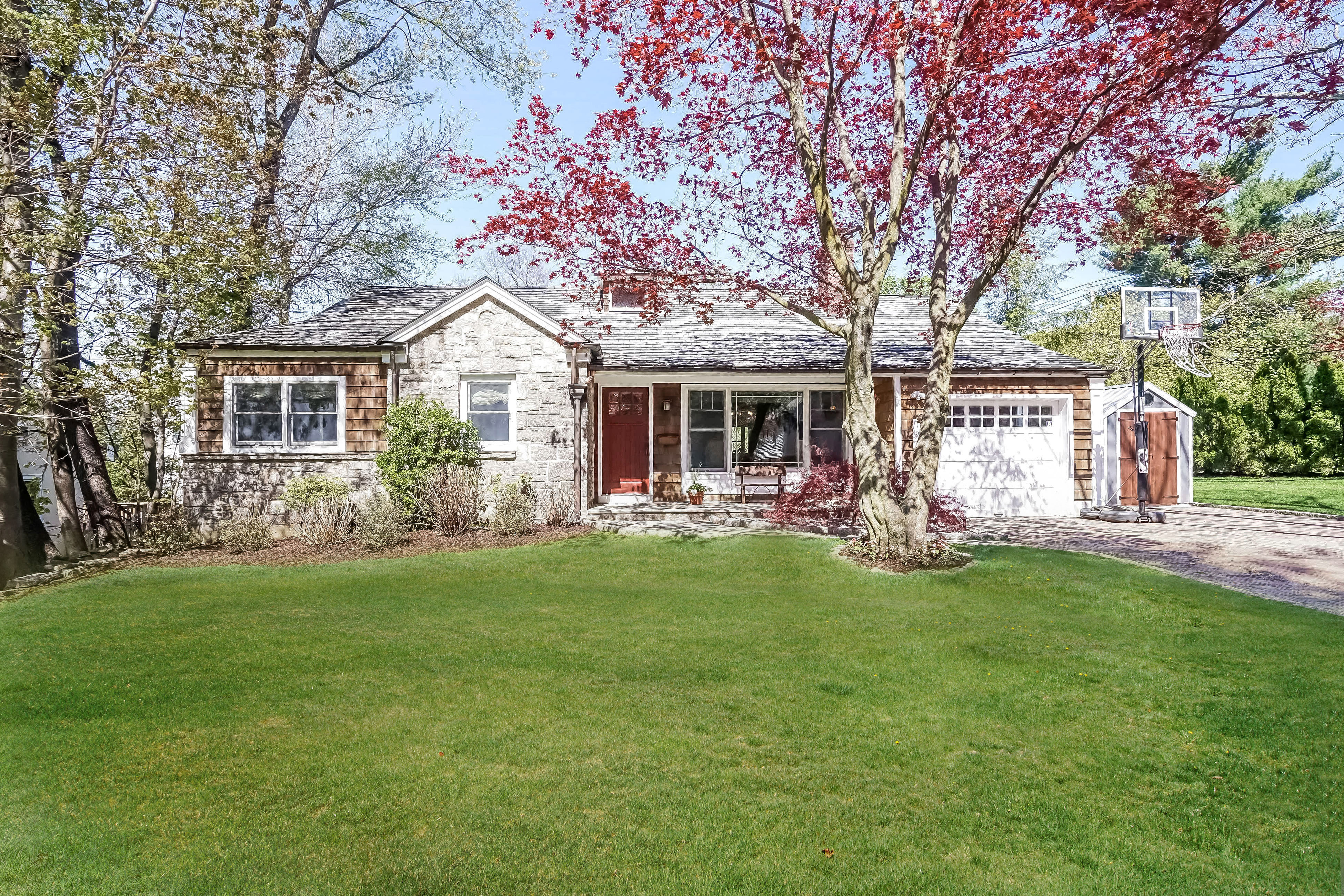 sales property at Gorgeous Edgemont Home