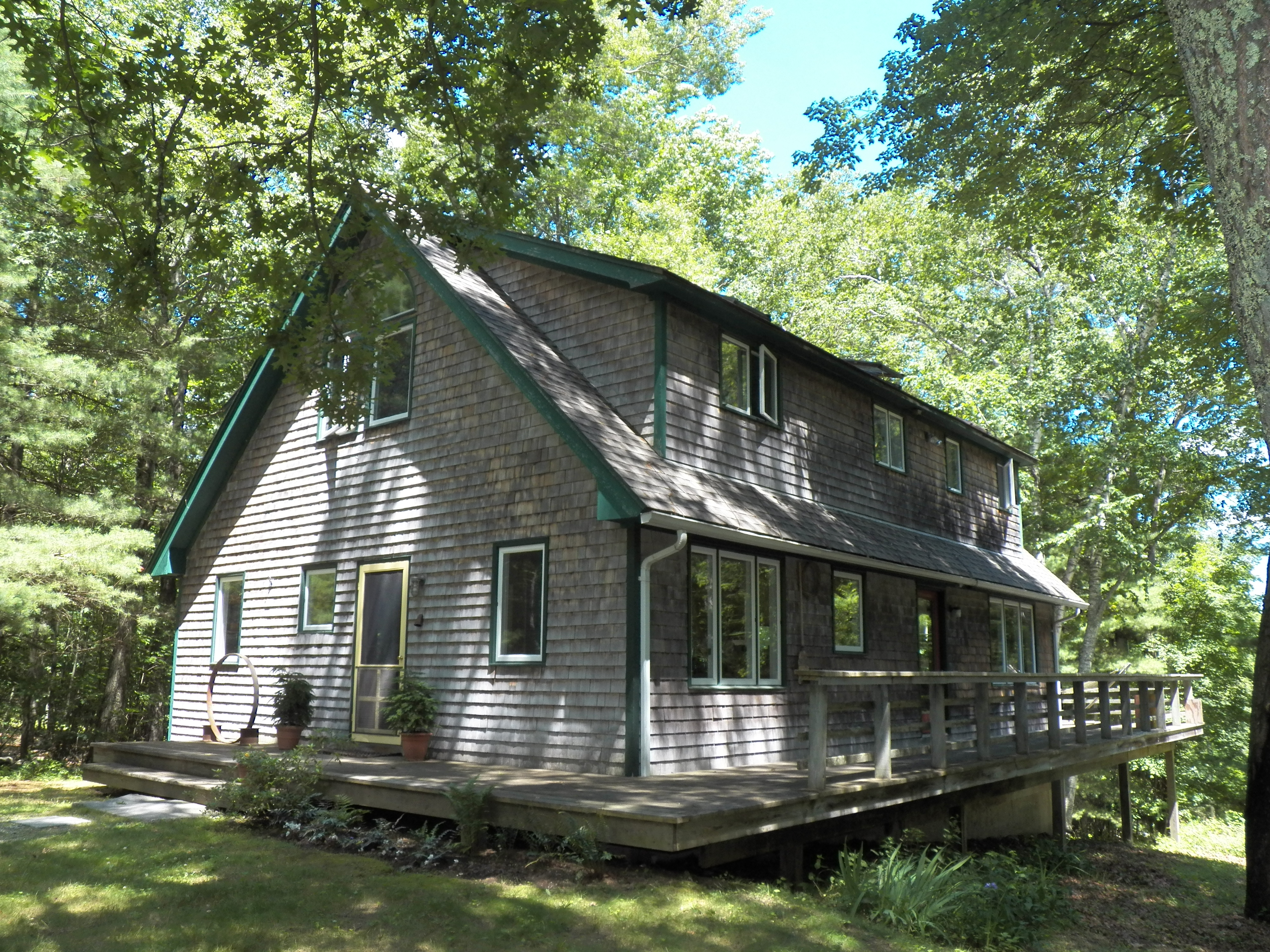 "独户住宅 为 销售 在 Comfortable House ""In The Trees"" 83 West Morris Road 华盛顿, 康涅狄格州, 06794 美国"