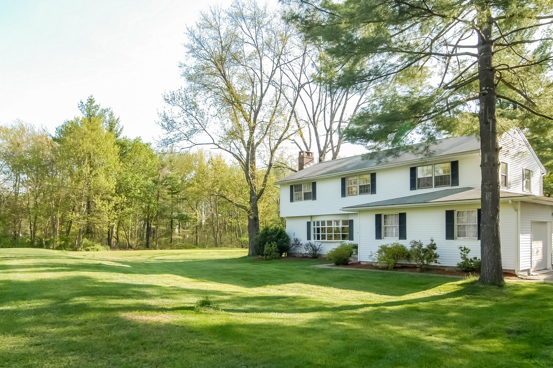 Single Family Home for Sale at Lovingly Updated Colonial 7 Bridle Trail Ridgefield, Connecticut, 06877 United States