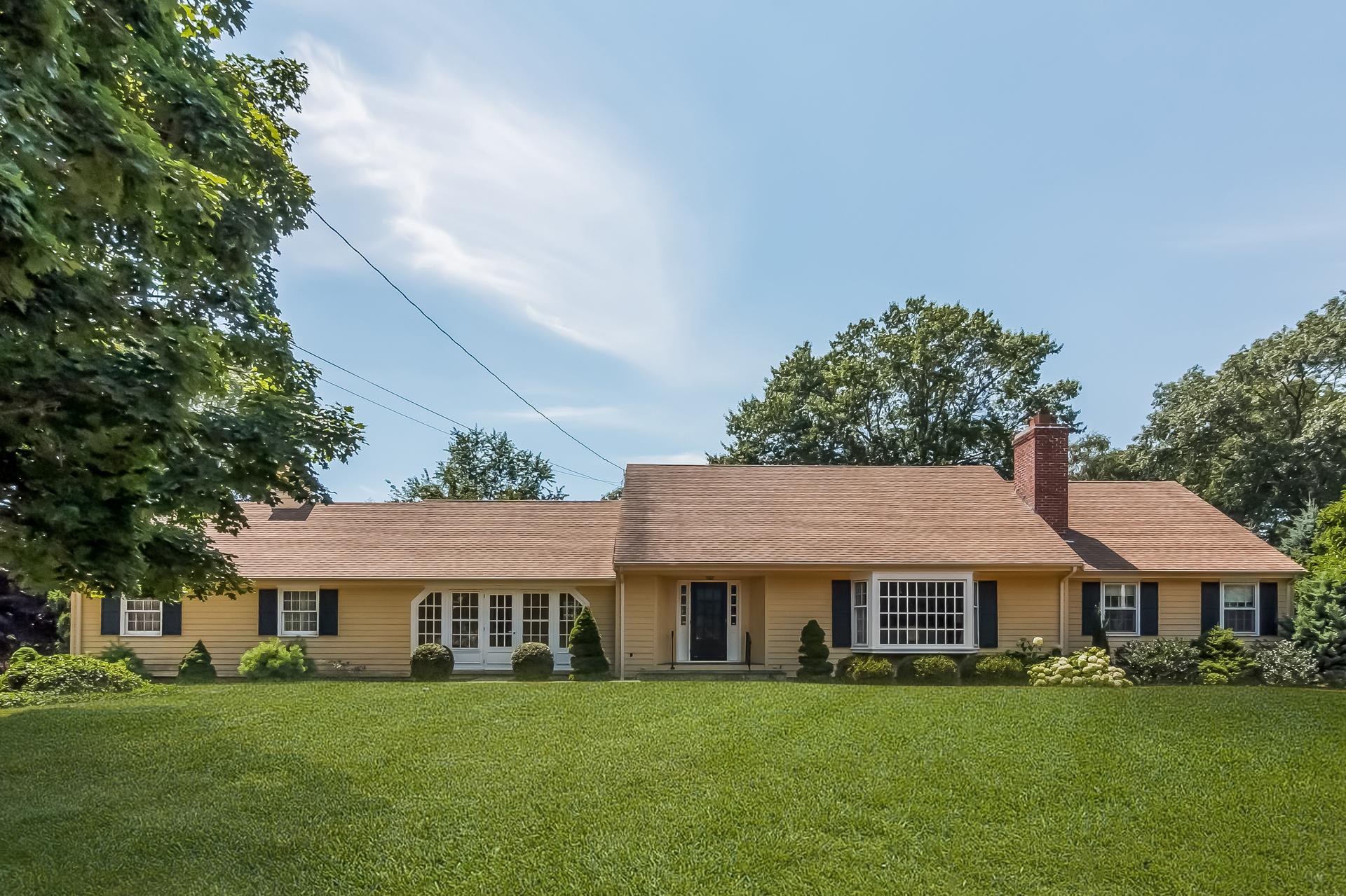 Einfamilienhaus für Verkauf beim 19 River Edge Farms Rd Madison, Connecticut, 06443 Vereinigte Staaten