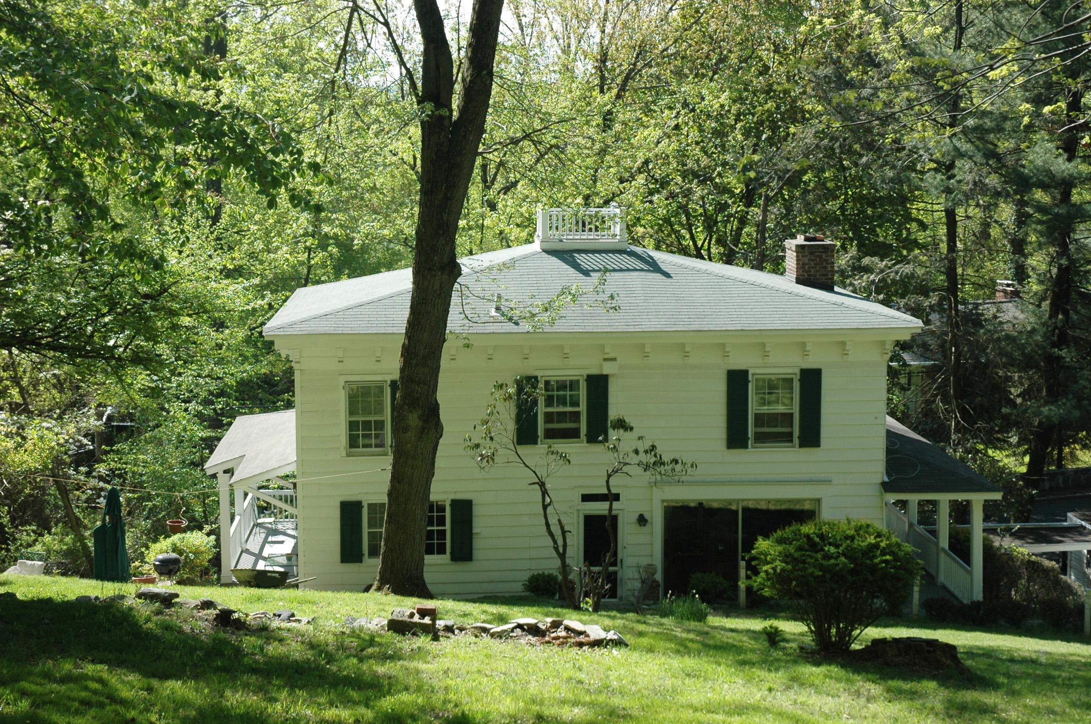 Einfamilienhaus für Verkauf beim Unique and Rare opportunity 379 Mountain Road Irvington, New York 10533 Vereinigte Staaten