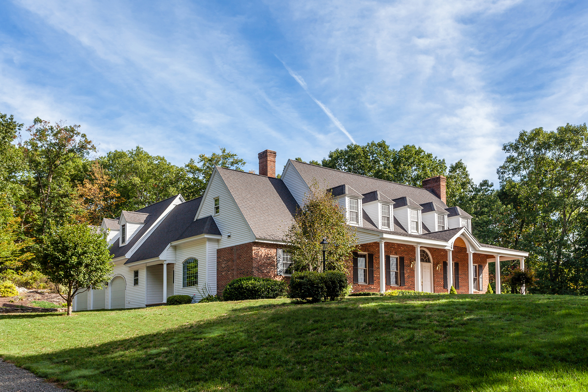 Single Family Home for Sale at Country Cape 60 Stone Pit Rd Woodbury, Connecticut 06798 United States