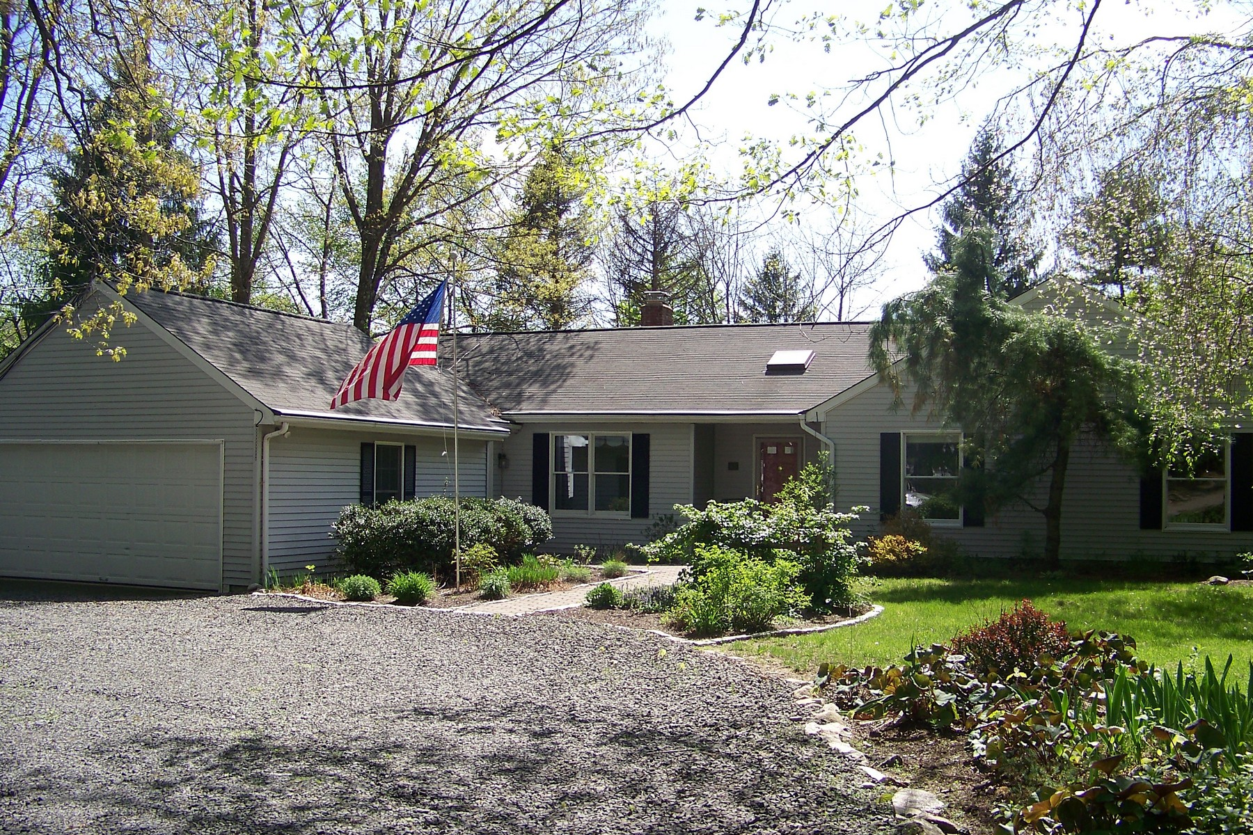 Property For Sale at Charming 3 Bedroom Ranch