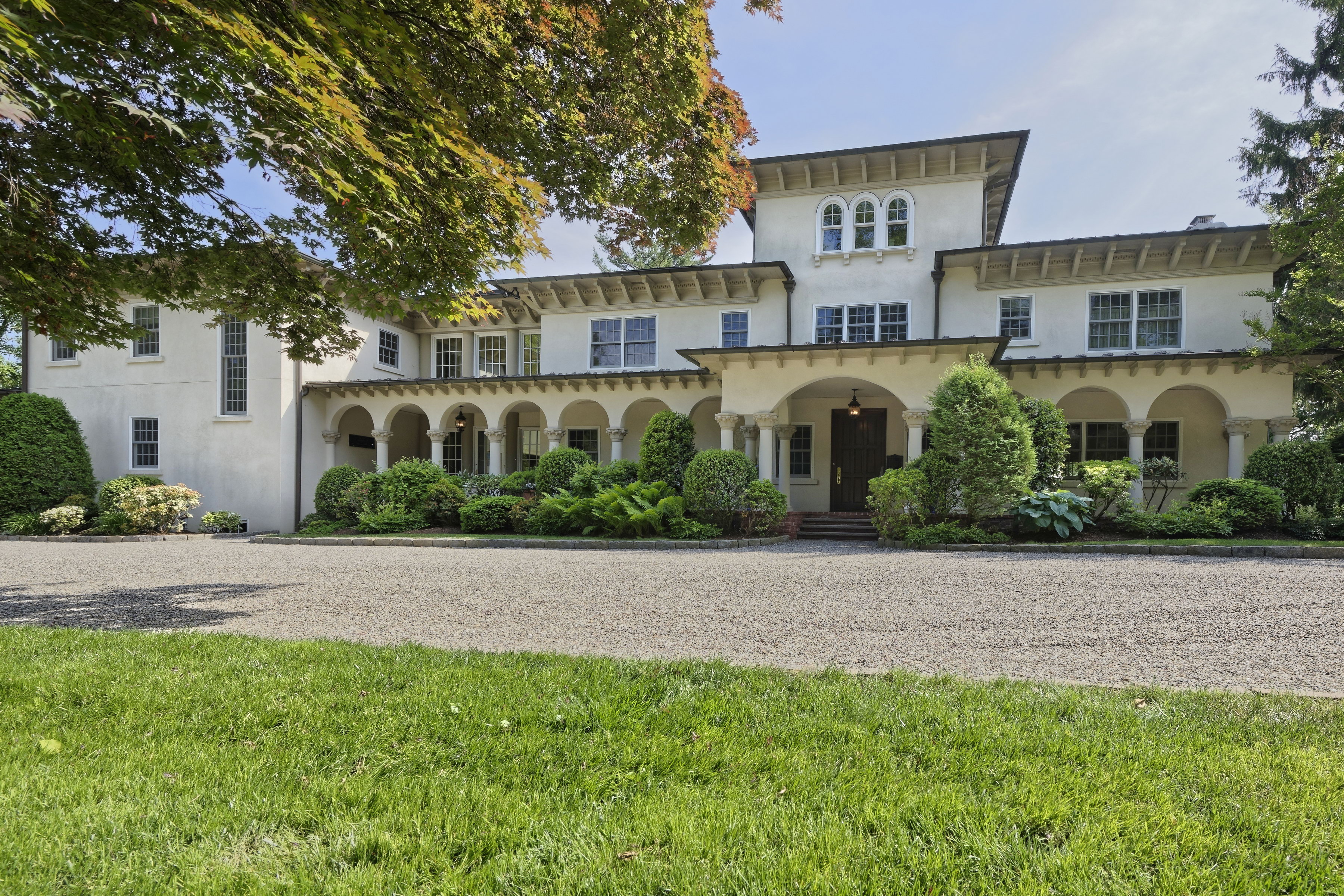 Property For Sale at Magnificent Scarsdale Estate