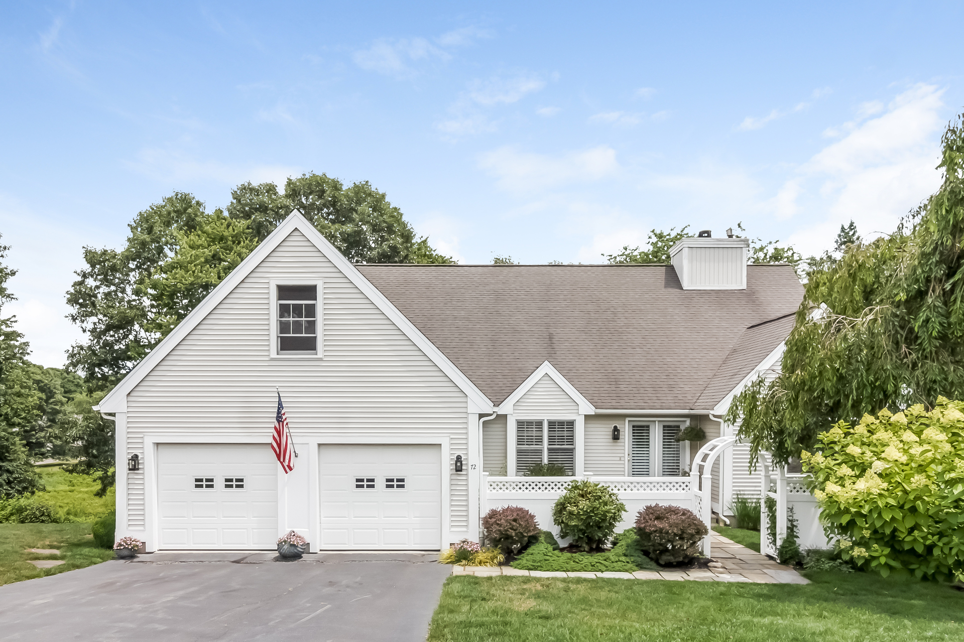 Condominium for Sale at 72 Sconset Ln 72 Sconset Ln 72 Guilford, Connecticut, 06437 United States