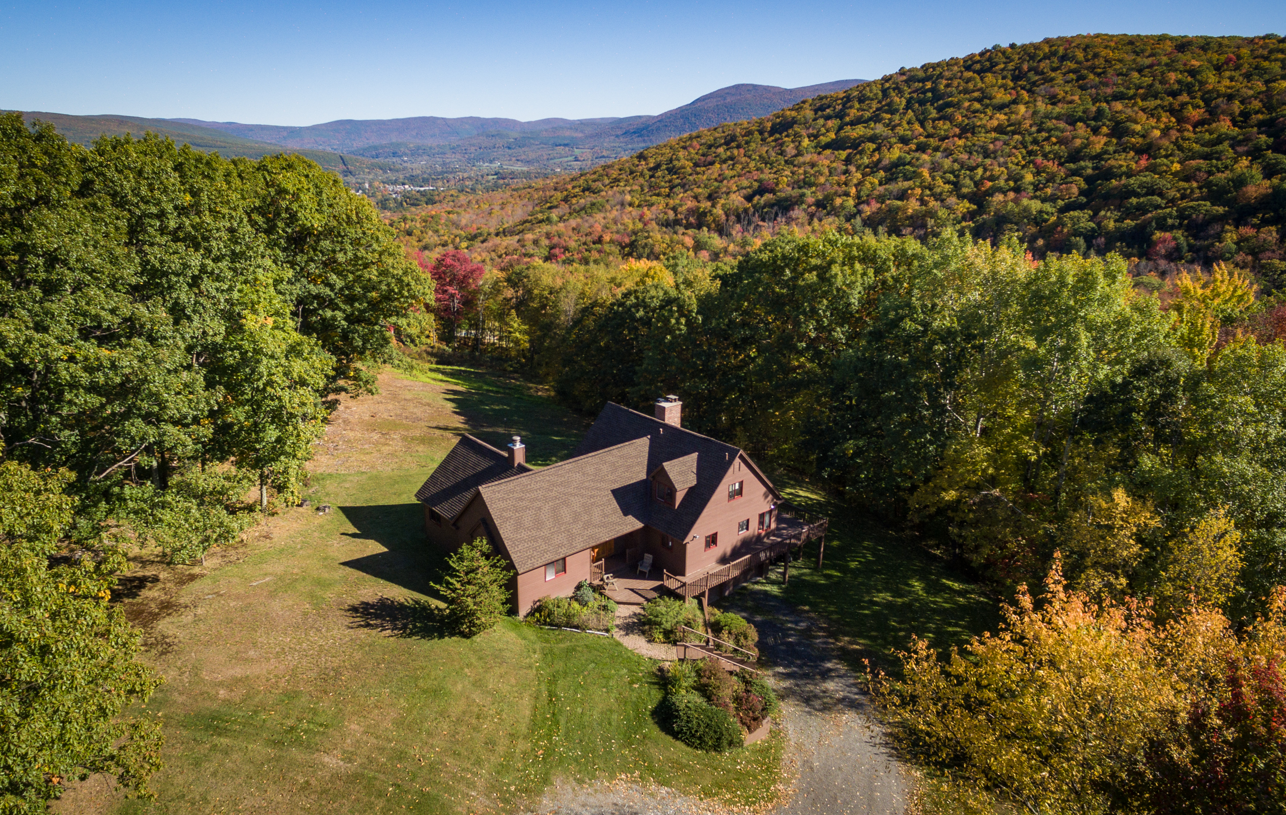 Single Family Home for Sale at Spectacular 200-Acre Parcel with Two Homes, Barn, Views Williamstown, Massachusetts, 01267 United States