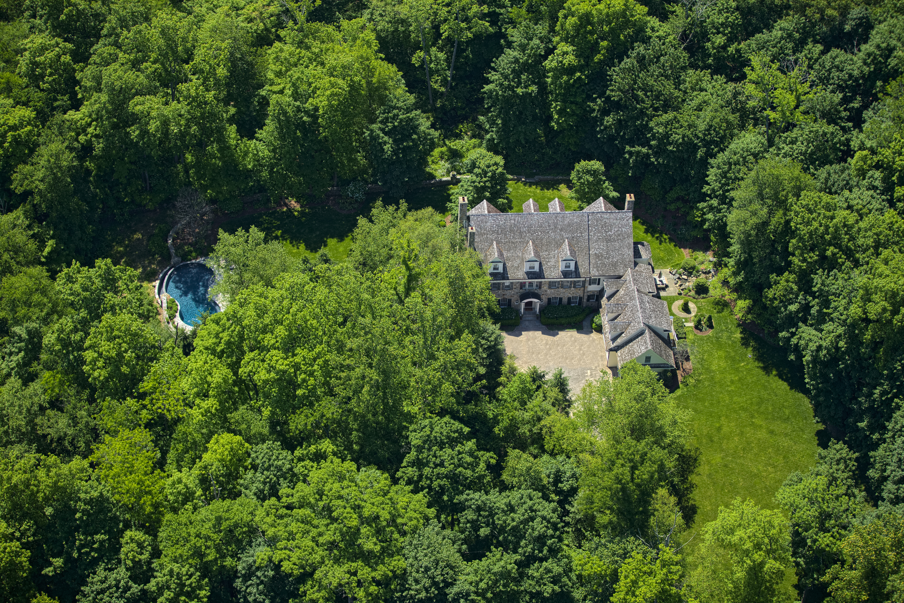 Single Family Home for Sale at Connecticut Classic 183 Ferris Hill Road New Canaan, Connecticut, 06840 United States