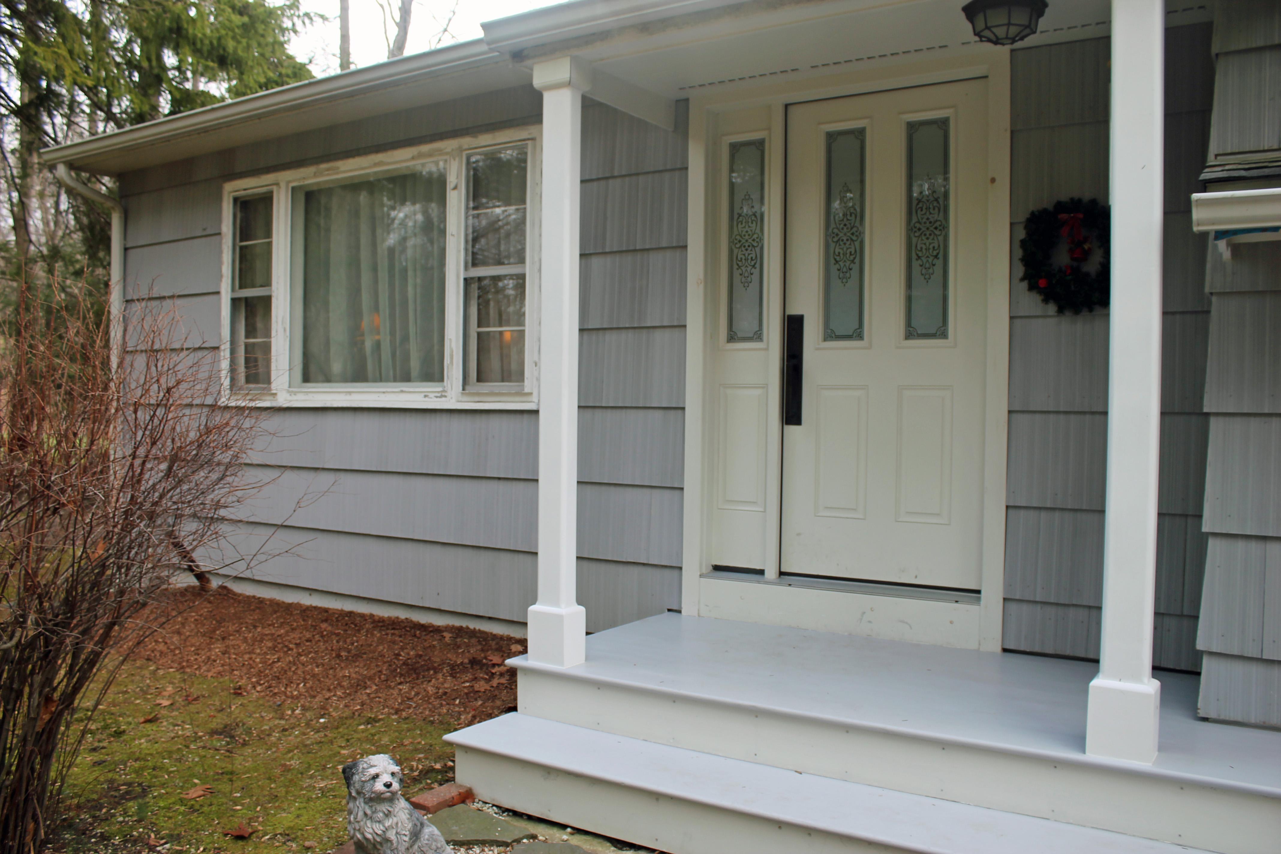 Частный односемейный дом для того Продажа на Spacious Split Level 201 South Salem Road Ridgefield, Коннектикут, 06877 Соединенные Штаты