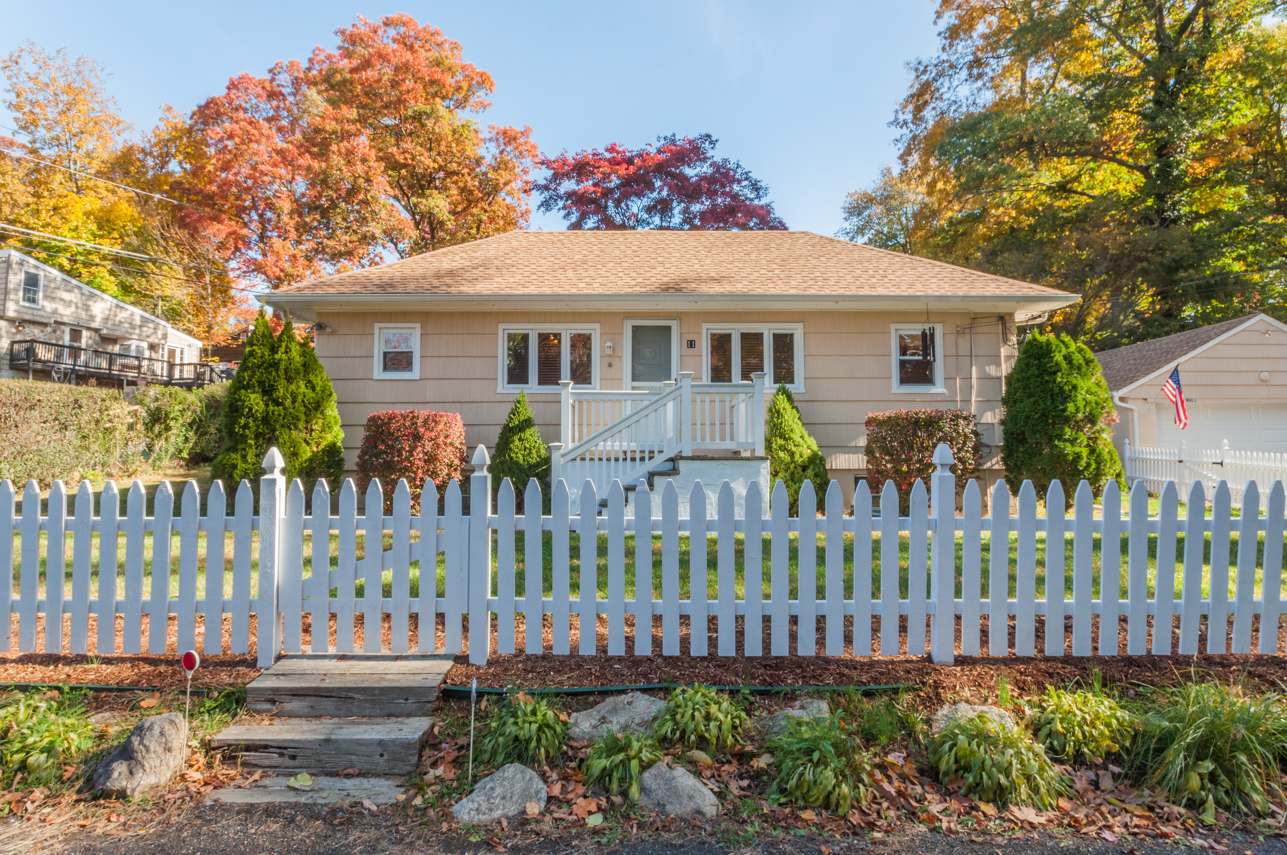 Single Family Home for Sale at Great Value Hull Road Danbury, Connecticut, 06810 United States