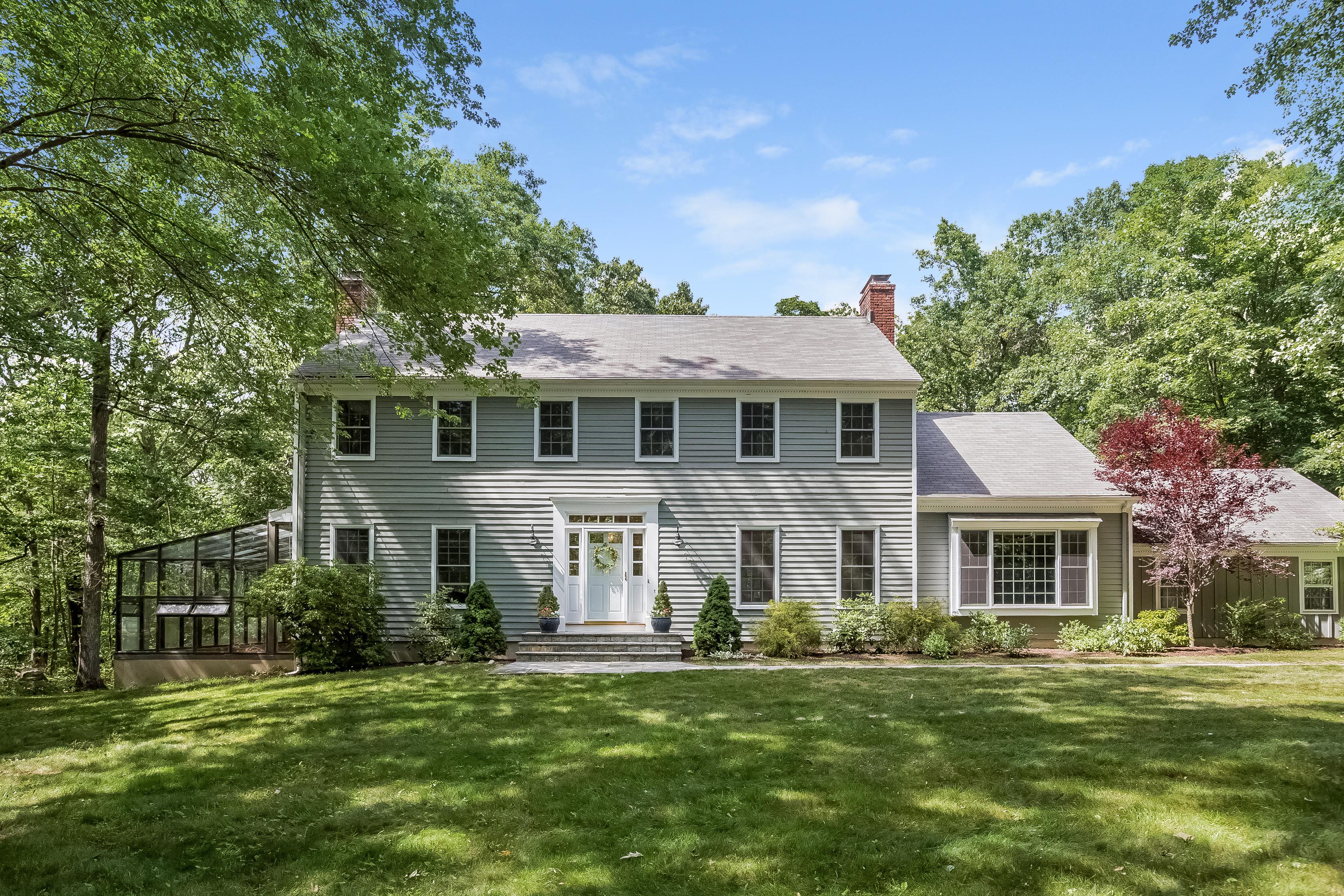 一戸建て のために 売買 アット Large, Level Backyard 110 Scarlet Oak Drive Wilton, コネチカット, 06897 アメリカ合衆国