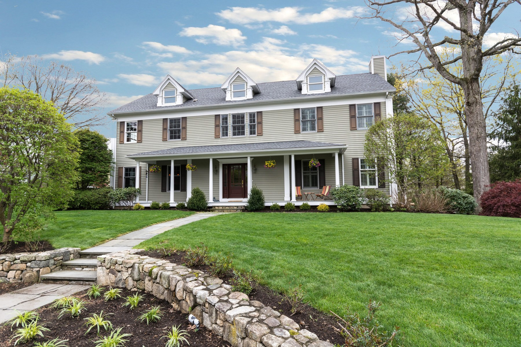 Single Family Home for Sale at Just What You've Been Looking For! 39 Phillips Lane Darien, Connecticut, 06820 United States