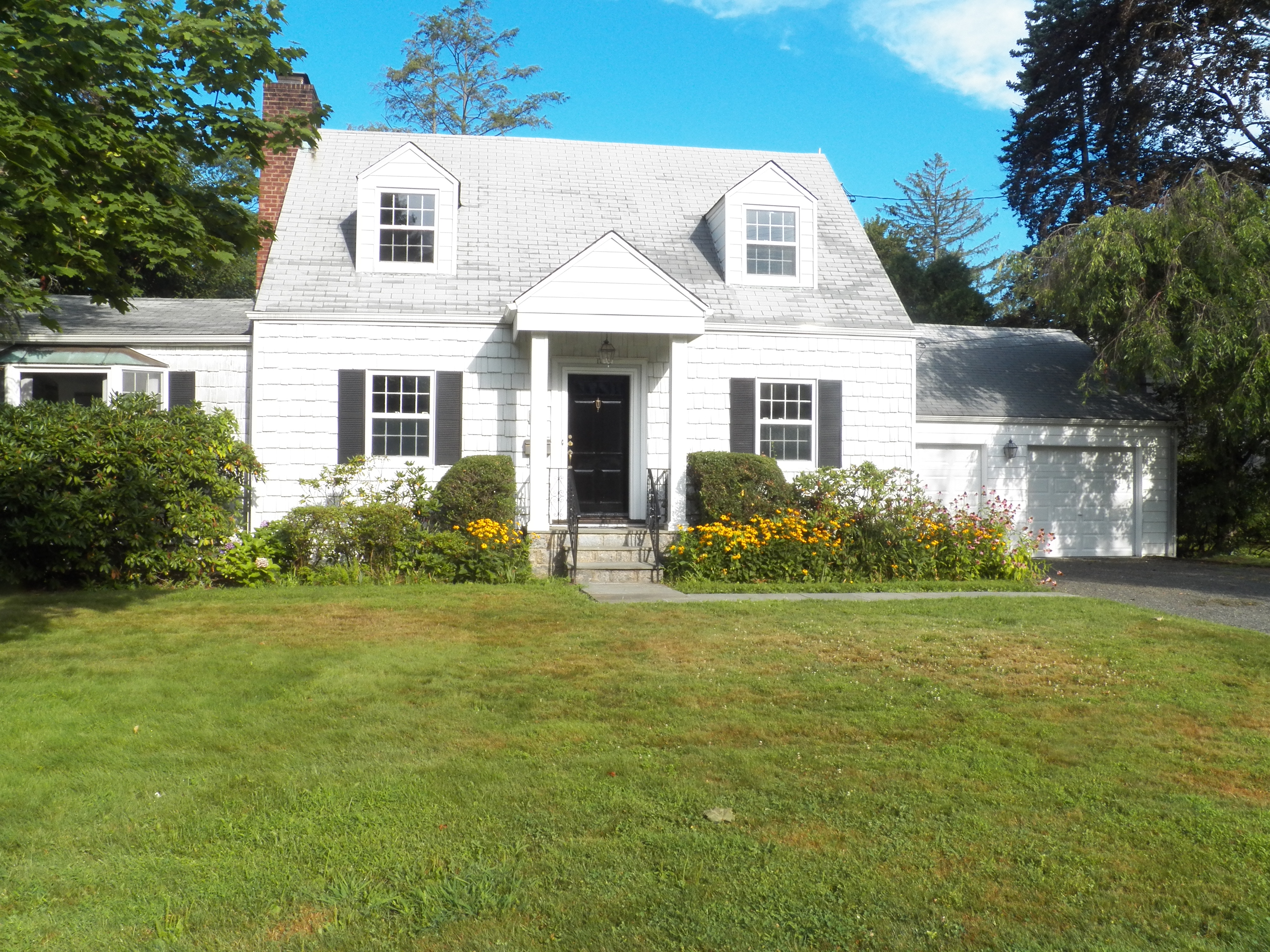 Single Family Home for Sale at Center Hall Colonial 17 Wilmot Circle Scarsdale, New York 10583 United States