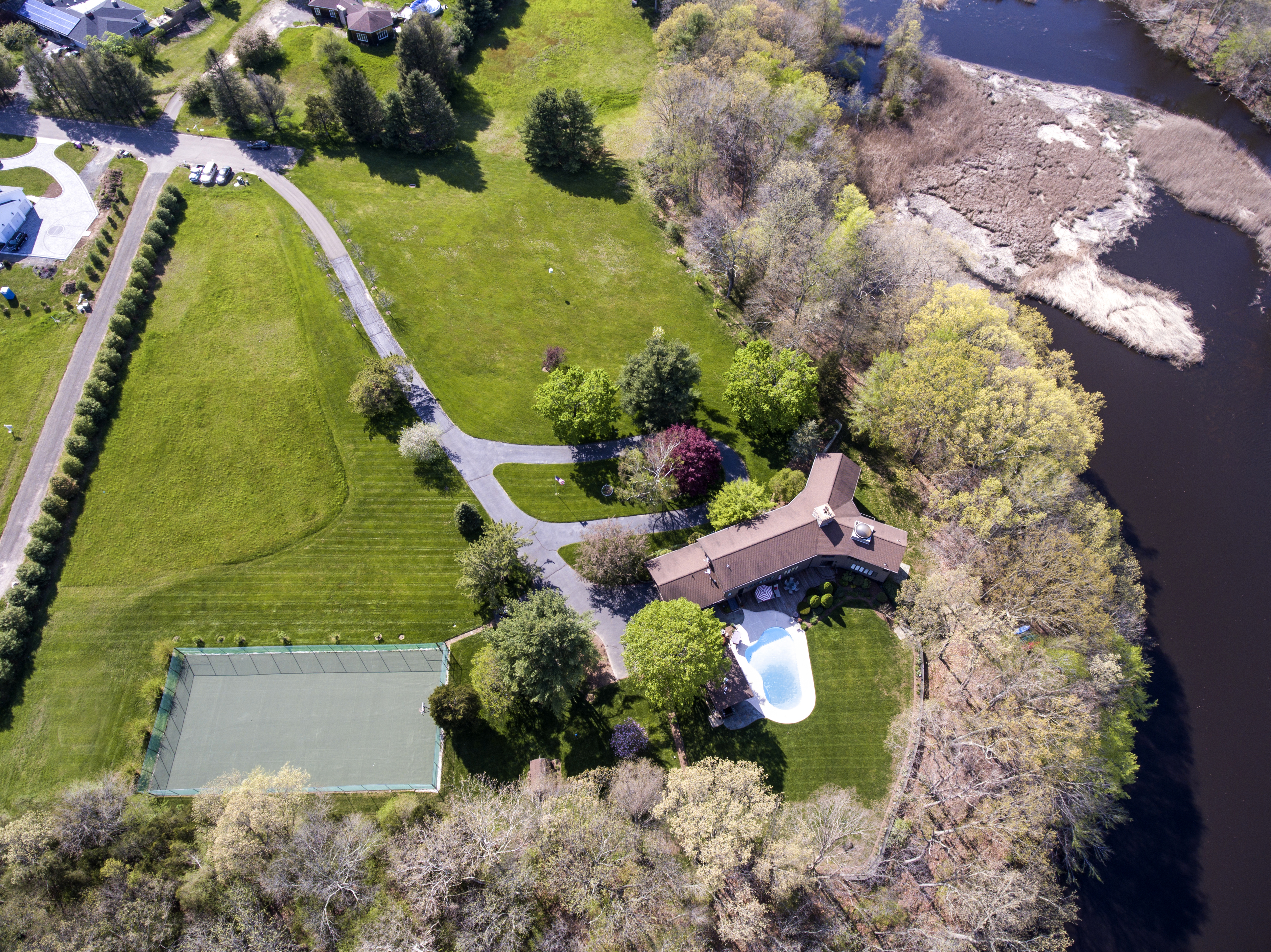 sales property at 707 Tanner Marsh Rd