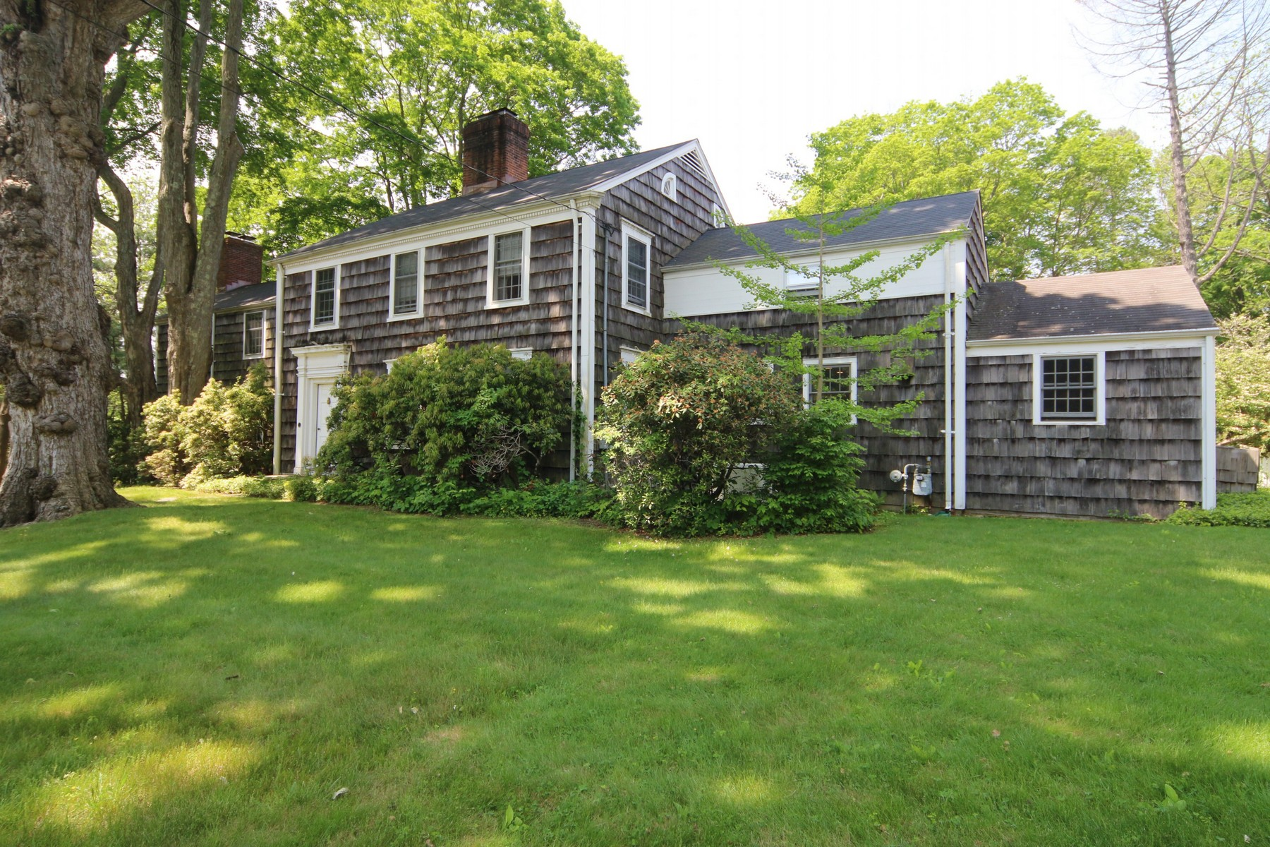 Single Family Home for Sale at Classic Connecticut Antique with Separate Legal Guest Cottage! 2031 Redding Road Fairfield, Connecticut, 06824 United States