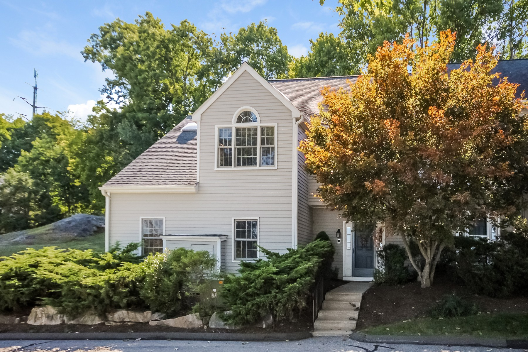 Condominium for Sale at End Unit 120 Prospect Street #28 28 Ridgefield, Connecticut, 06877 United States