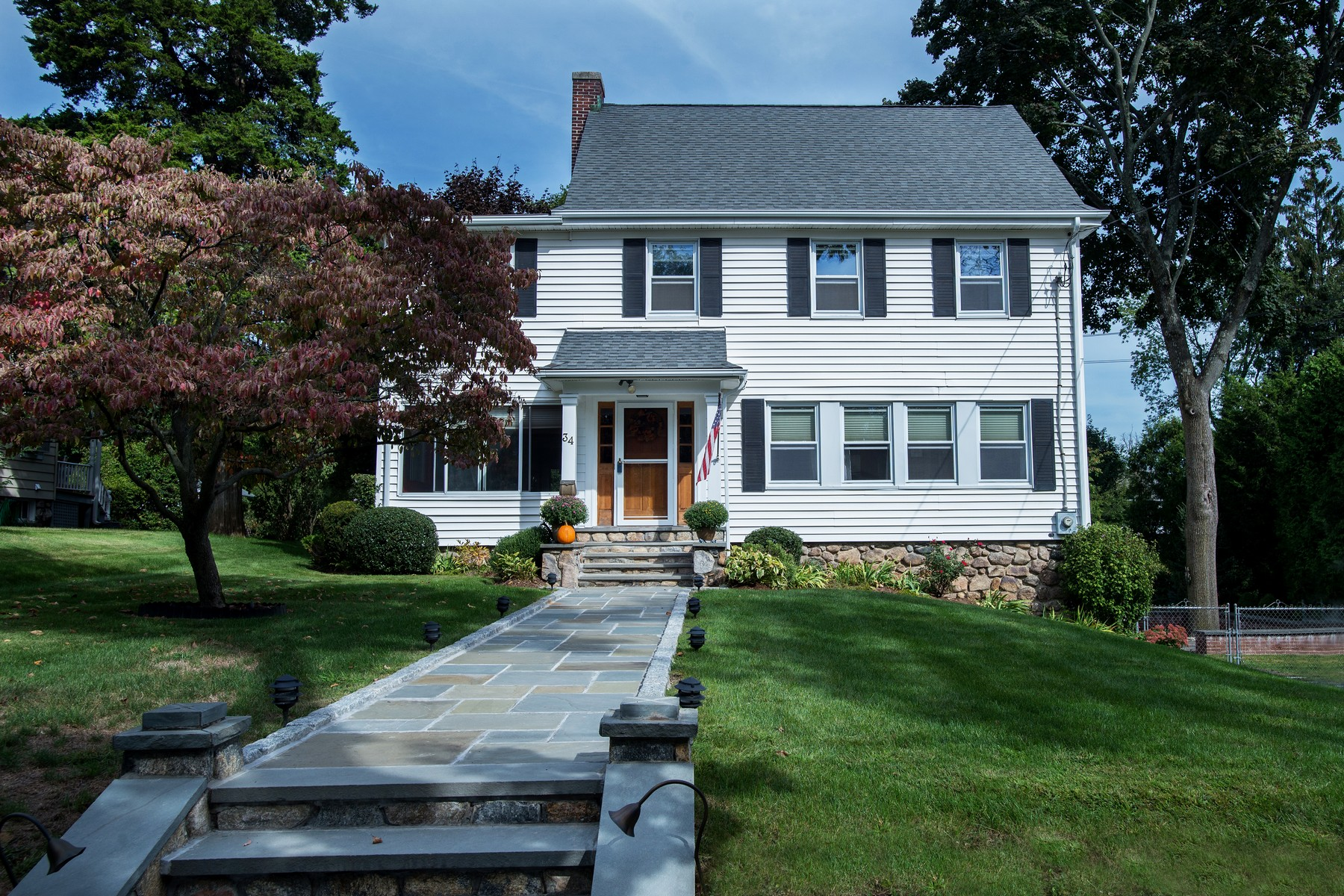Single Family Home for Sale at Glenbrook Colonial 34 Tremont Avenue Stamford, Connecticut, 06906 United States