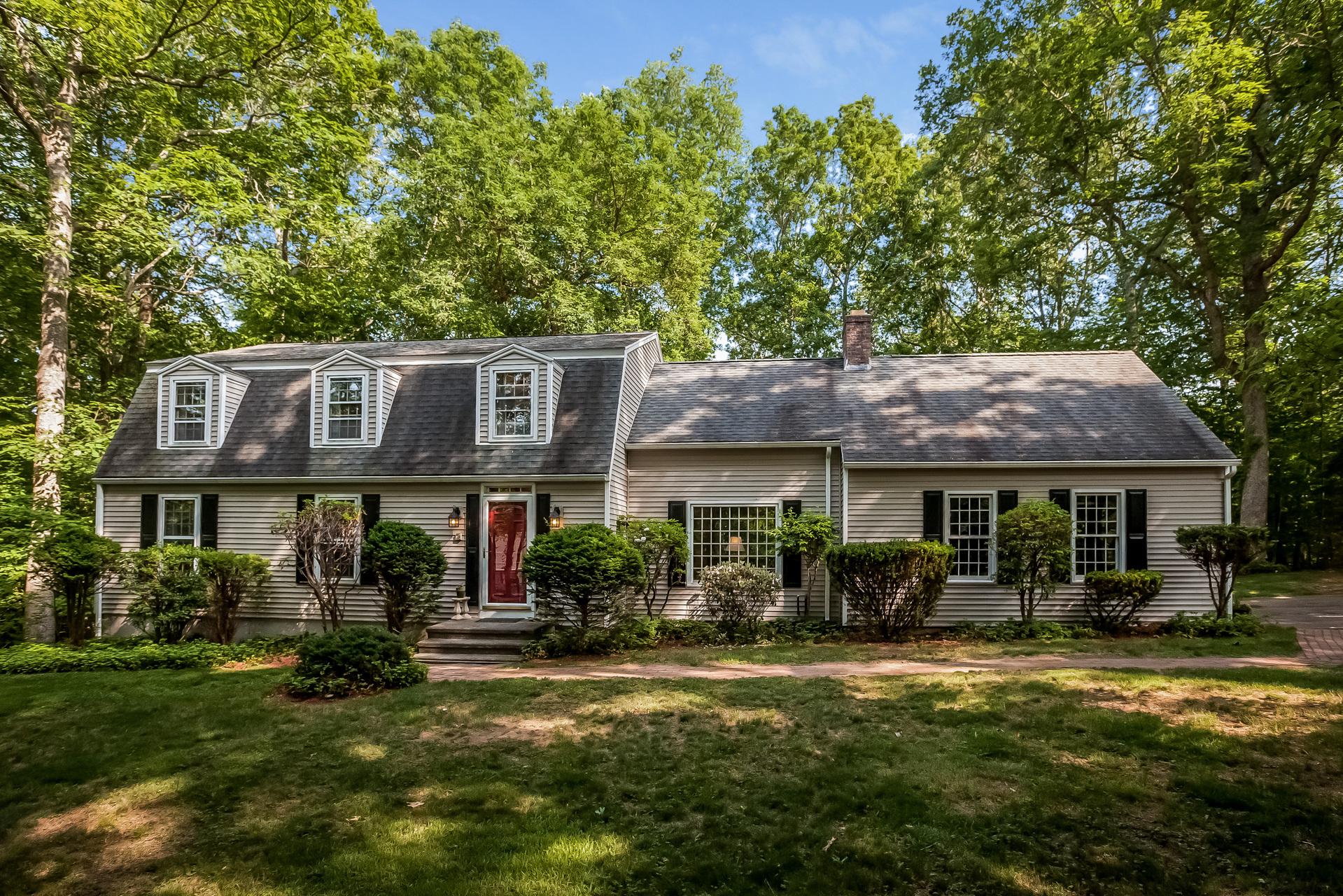 Casa Unifamiliar por un Venta en 17 Paper Mill Dr Madison, Connecticut 06443 Estados Unidos