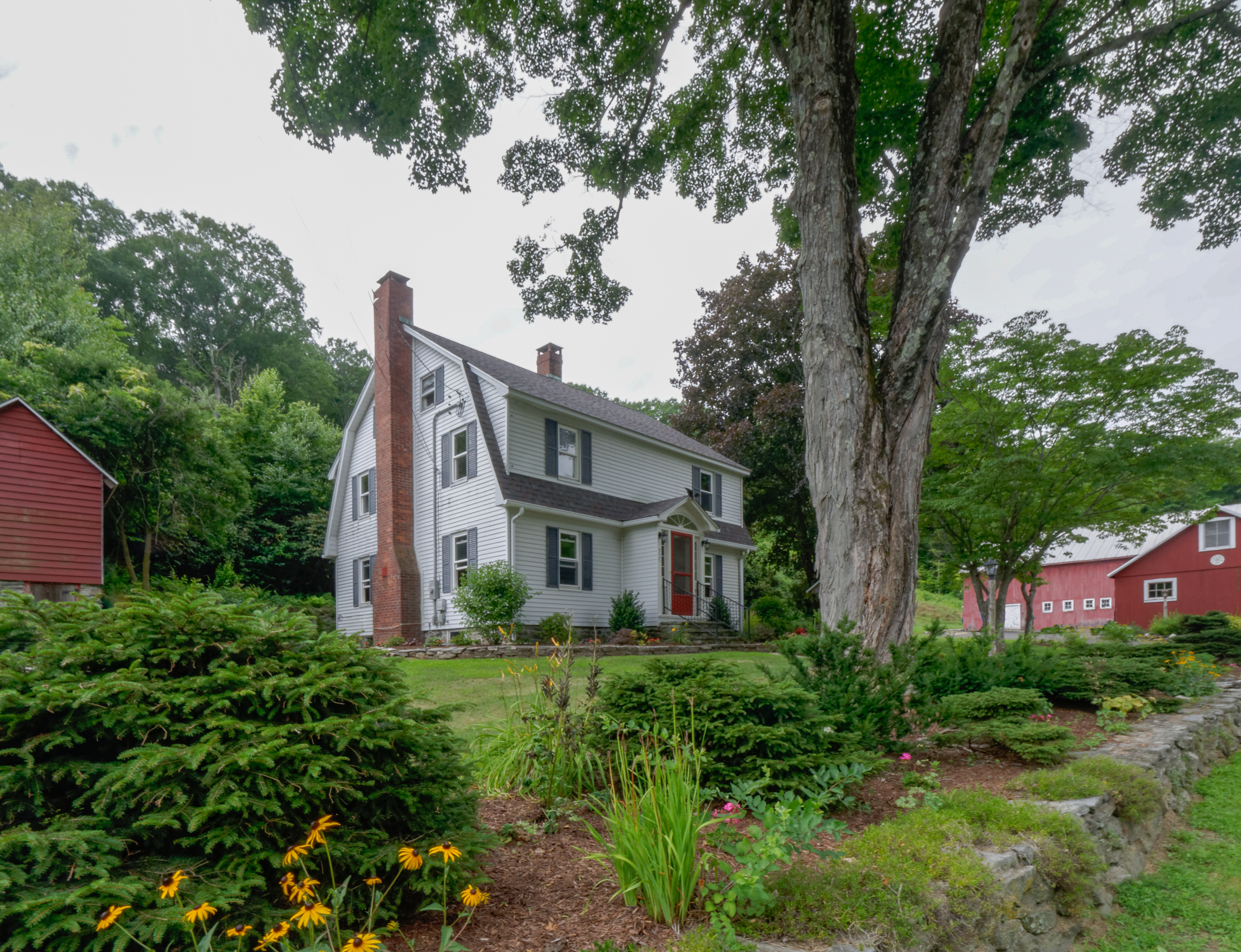 Single Family Home for Sale at Vintage Colonial with Significant Property 955 Washington Rd Woodbury, Connecticut, 06798 United States