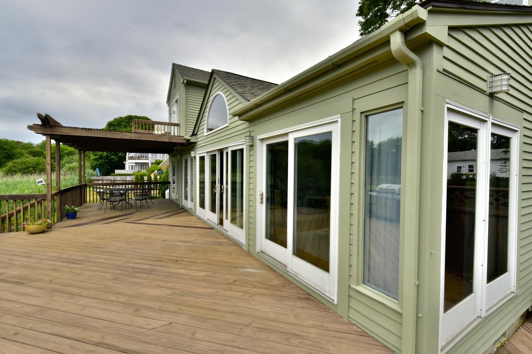 Maison unifamiliale pour l Vente à 25 Seawatch Dr Westbrook, Connecticut, 06498 États-Unis