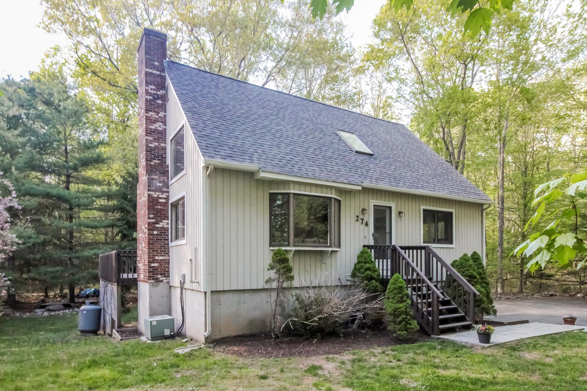 sales property at 274 Nortontown Rd