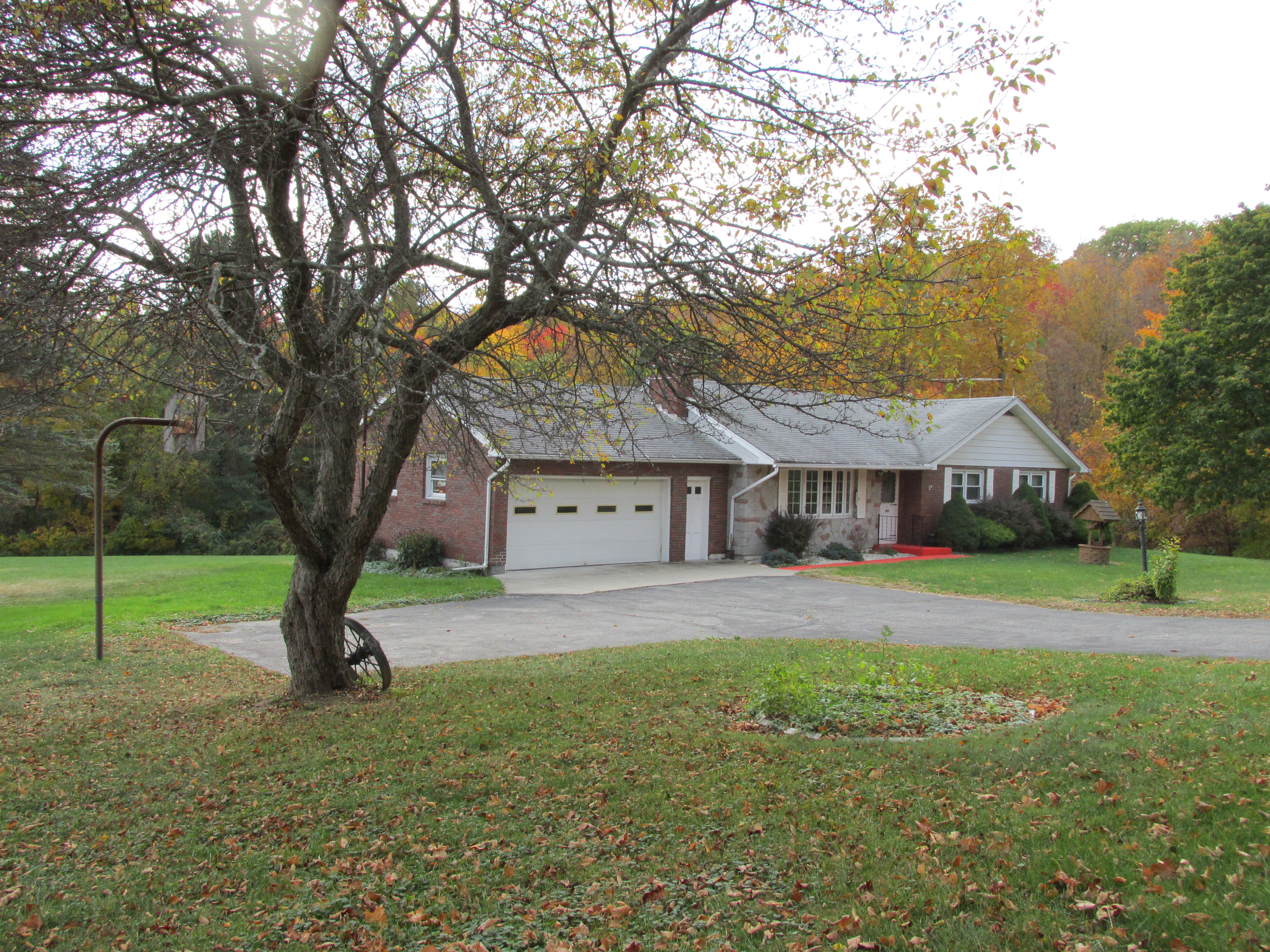 Single Family Home for Sale at A County Lover's Dream 290 Richards Rd New Hartford, Connecticut, 06057 United States