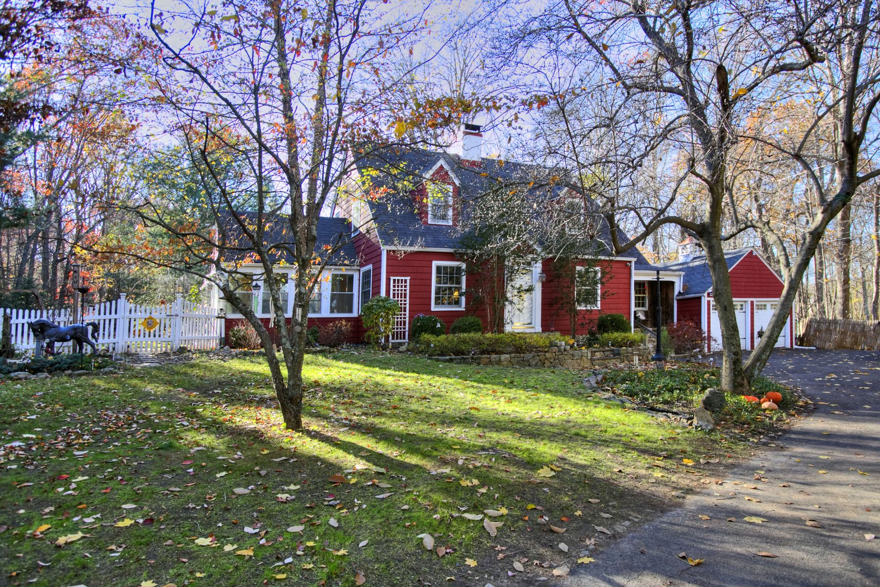 Частный односемейный дом для того Продажа на 287 Georgetown Road Weston, Коннектикут, 06883 Соединенные Штаты