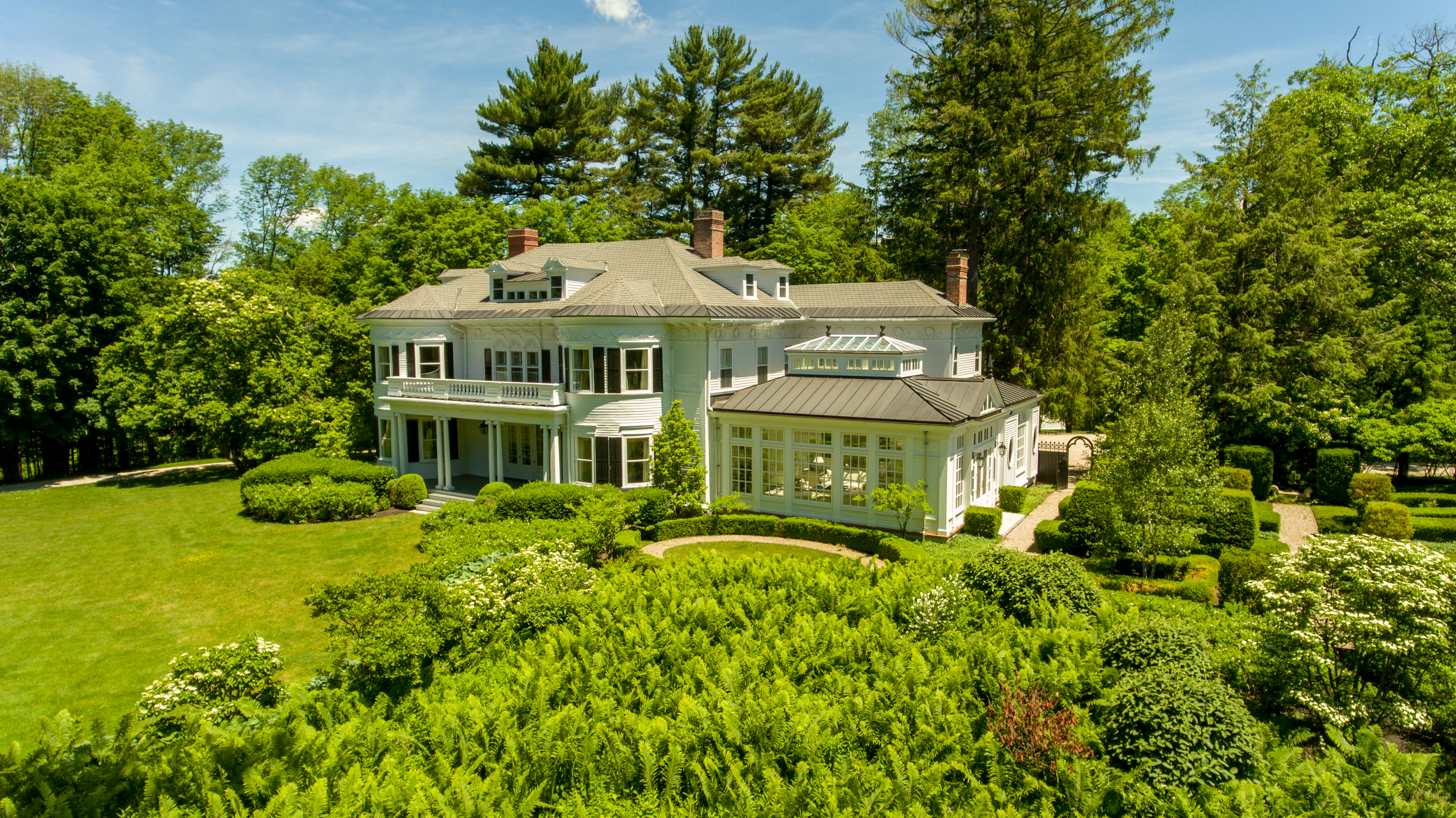 Single Family Home for Sale at Thistlewood - A Timeless & Classic Berkshire Cottage 151 Walker St Lenox, Massachusetts, 01240 United States