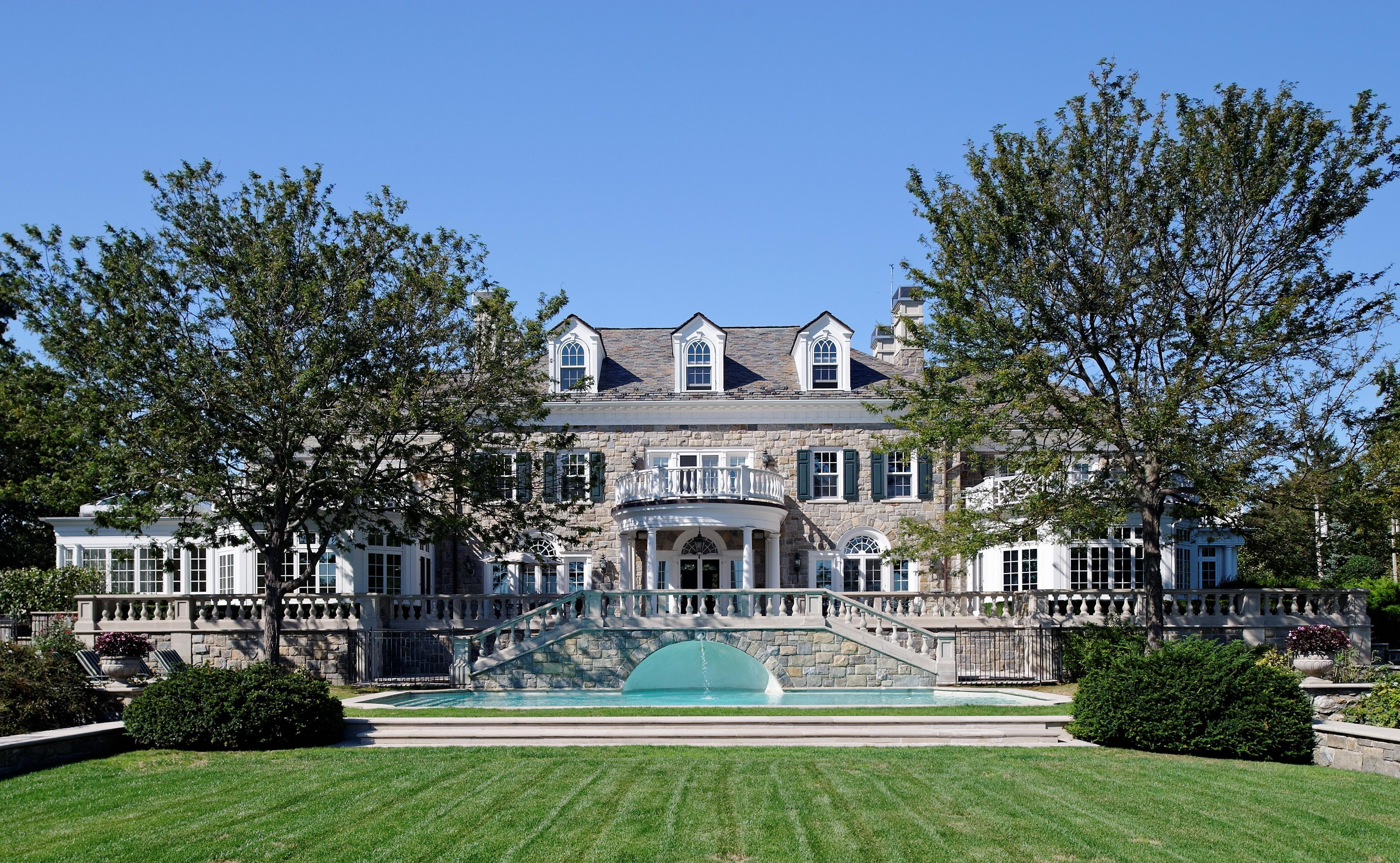 Villa per Vendita alle ore A masterpiece 1120 Greacen Point Road Mamaroneck, New York 10543 Stati Uniti