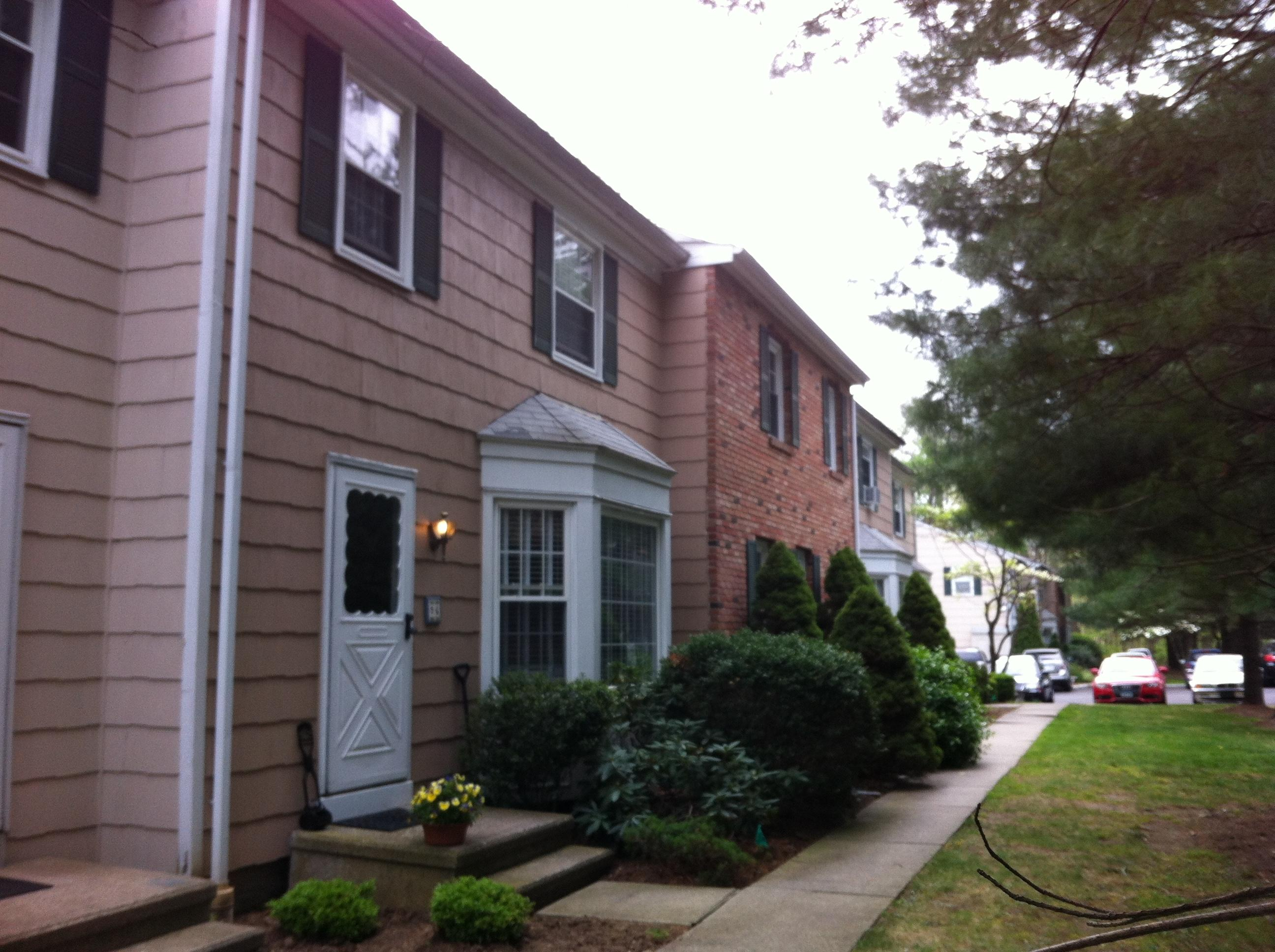 rentals property at 96 New Norwalk Road