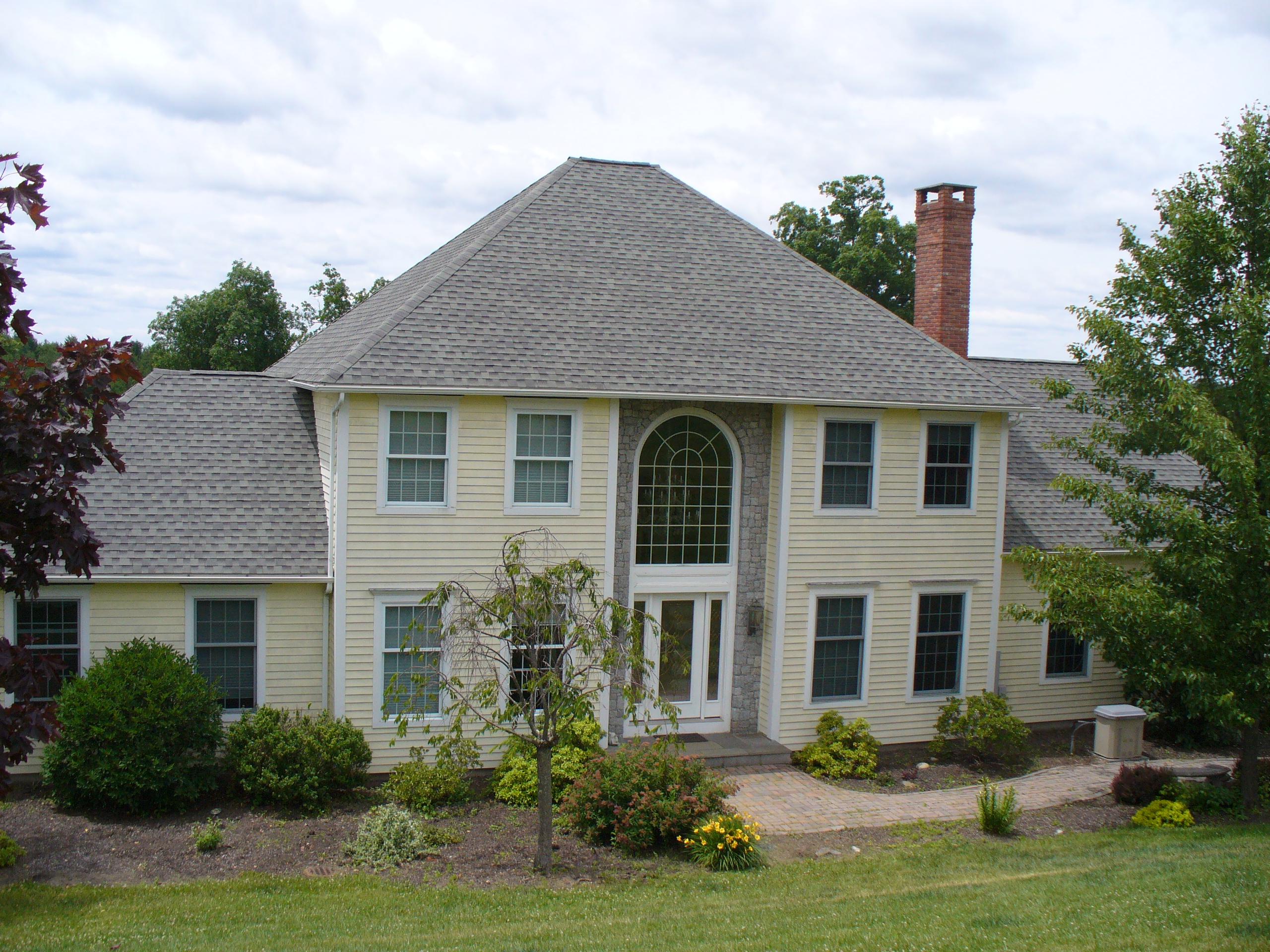 Villa per Vendita alle ore Custom Built Colonial 220 Old Middle St Goshen, Connecticut, 06756 Stati Uniti