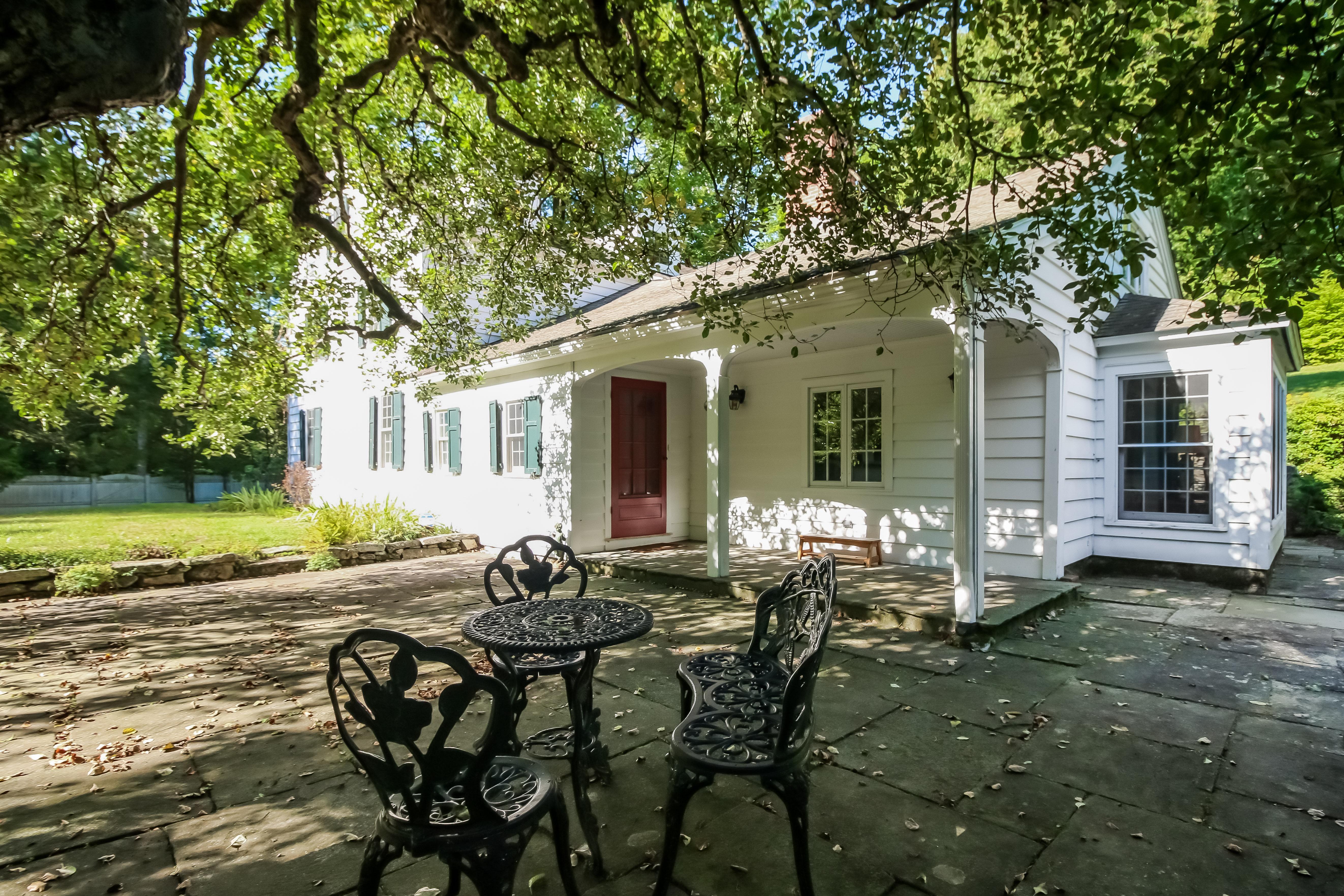 Casa Unifamiliar por un Venta en Exquisitely Restored Country Estate 26 Barker Road New Milford, Connecticut, 06776 Estados Unidos