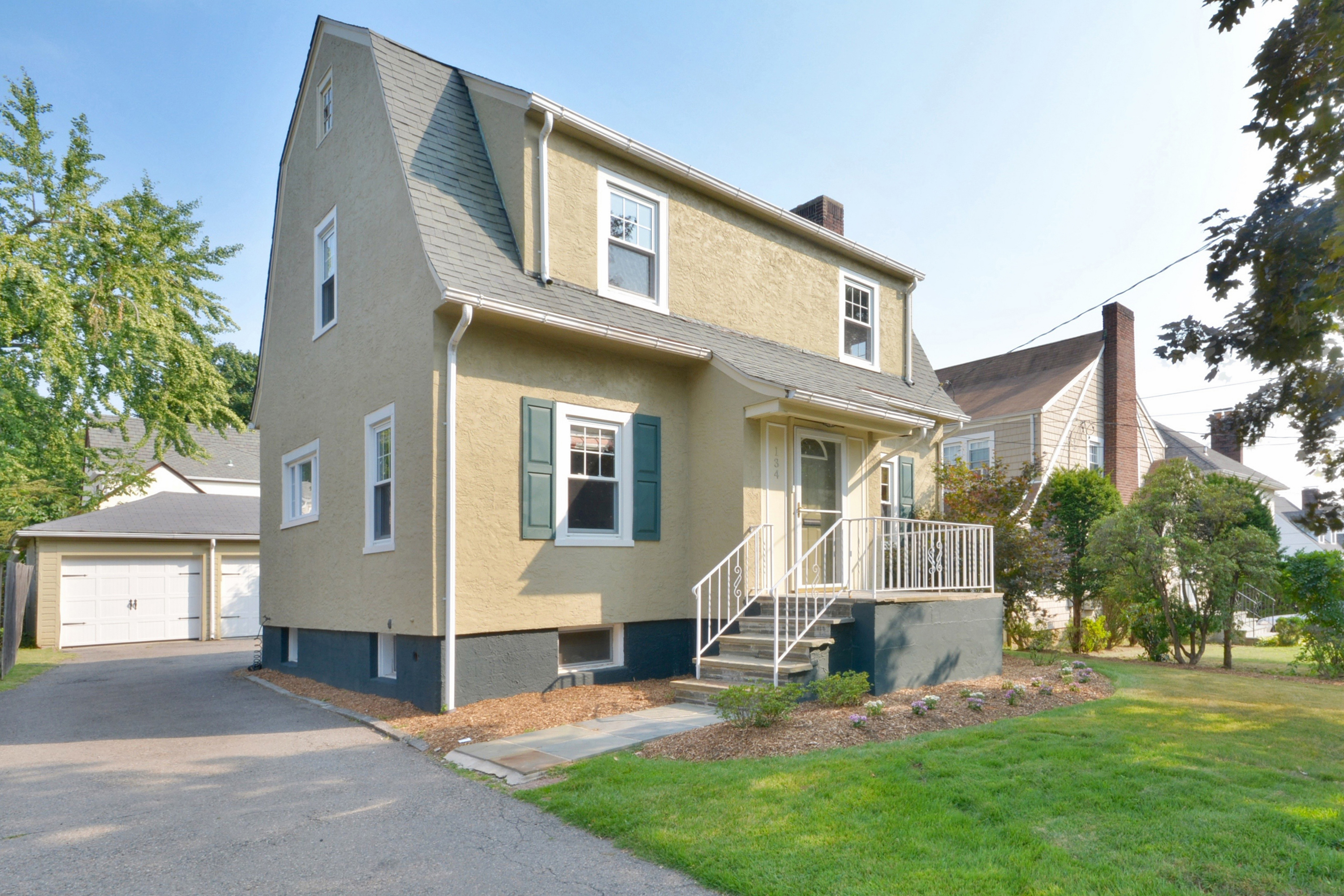 Single Family Home for Sale at Renovated Three Bedroom Colonial 134 Bradley Road Scarsdale, New York 10583 United States