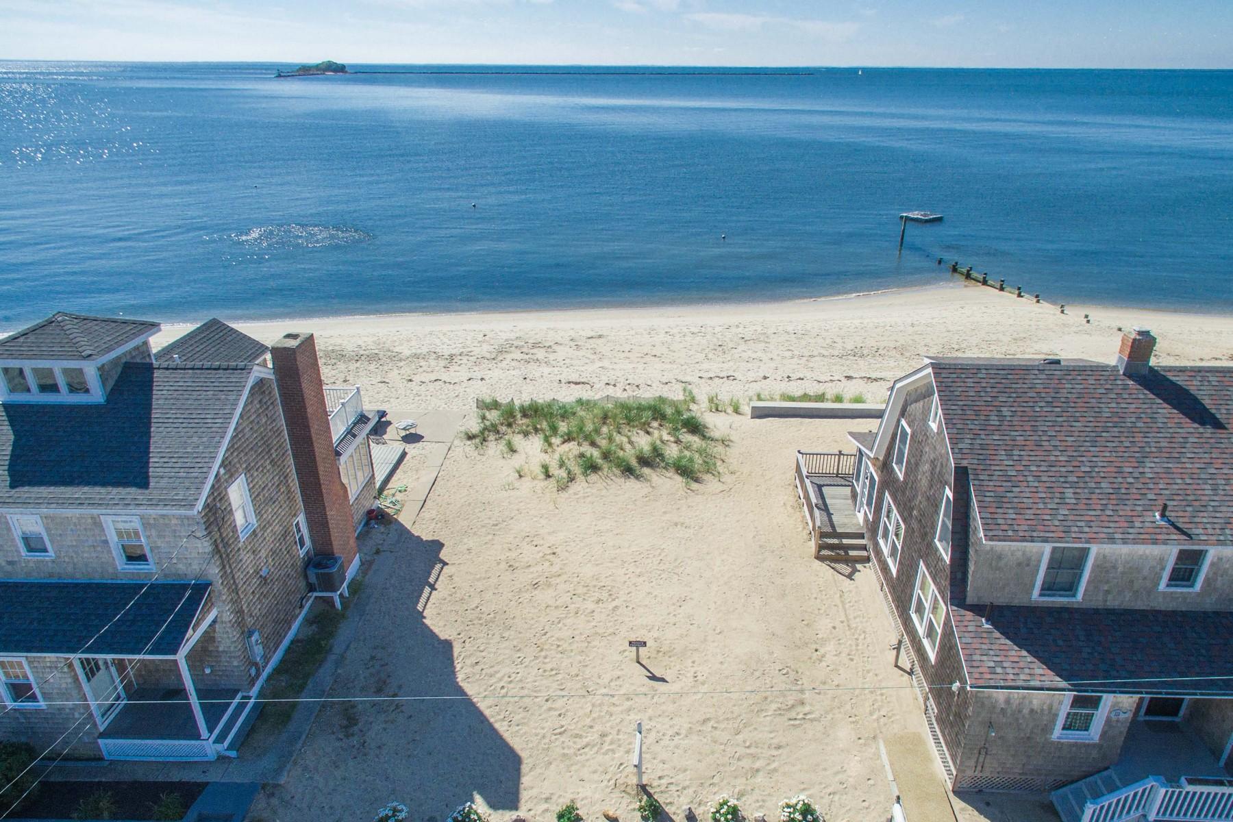 Terrain pour l Vente à Rare Waterfront Property 000 Old Mail Trail Westbrook, Connecticut 06498 États-Unis