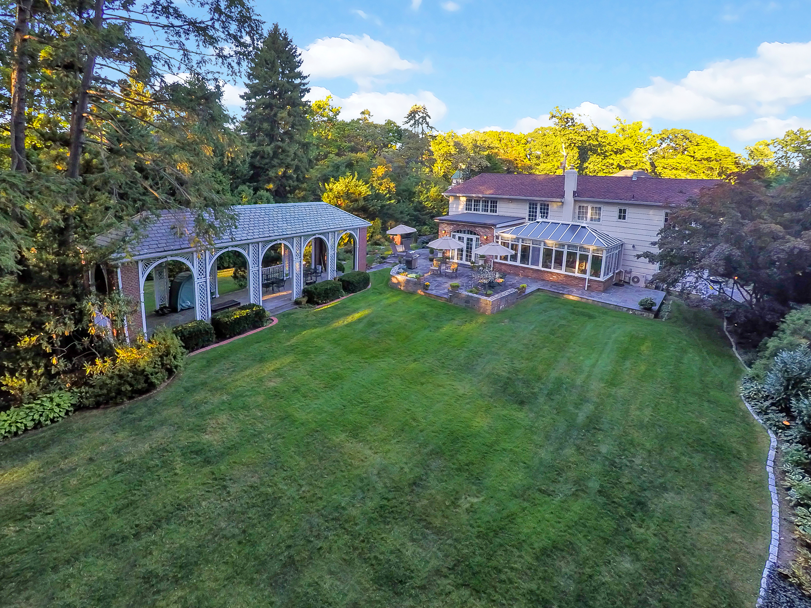 sales property at Totally Pristine Beechmont Stunner