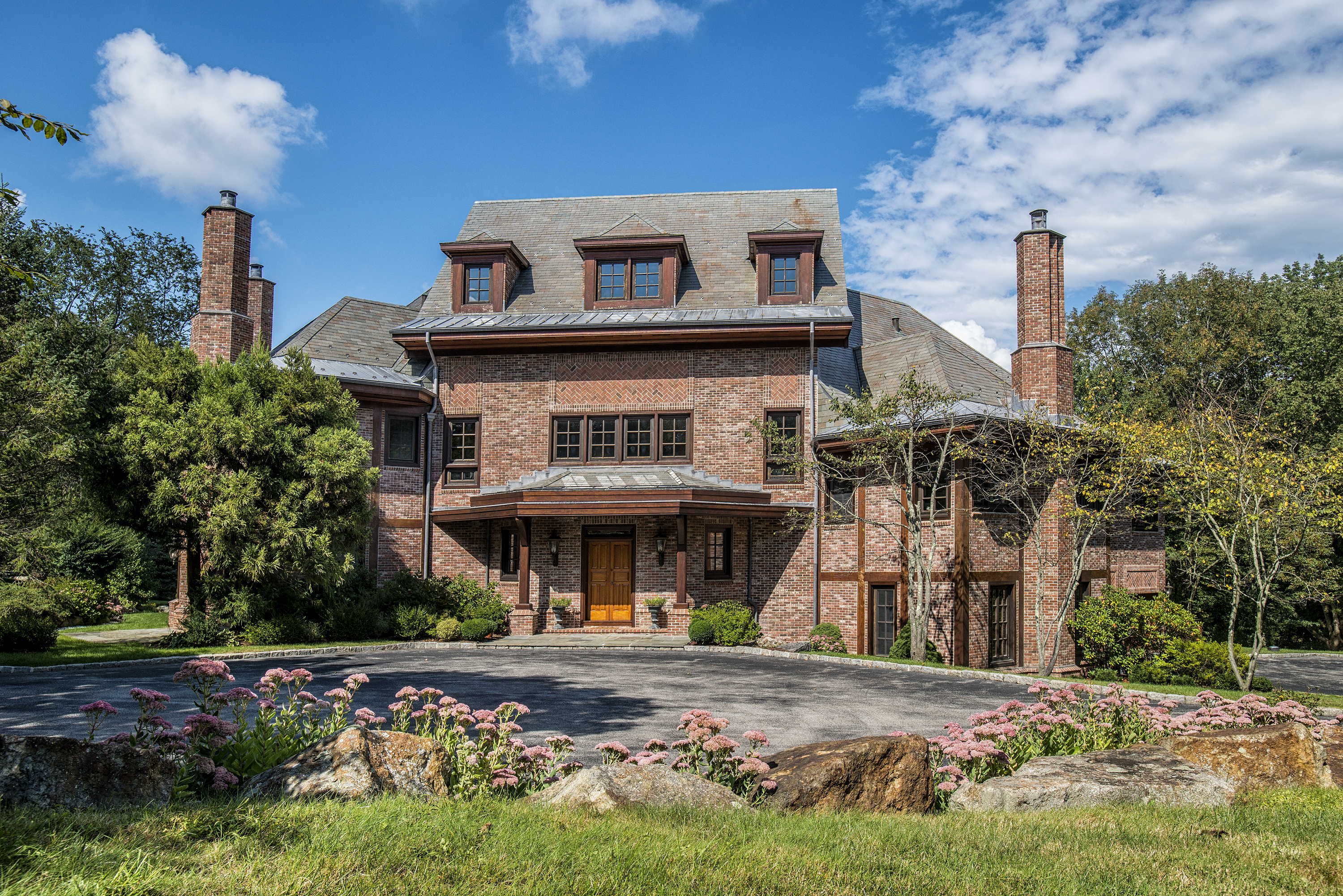 Single Family Home for Sale at Magnificent Edwin Luytens Georgian Manor 913 Oenoke Ridge New Canaan, Connecticut 06840 United States