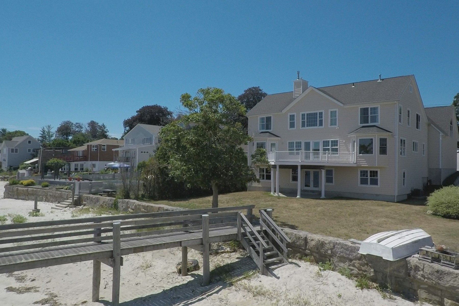 Single Family Home for Sale at Majestic Waterfront Home 490 Pequot Avenue, (waterfront) New London, Connecticut, 06320 United States