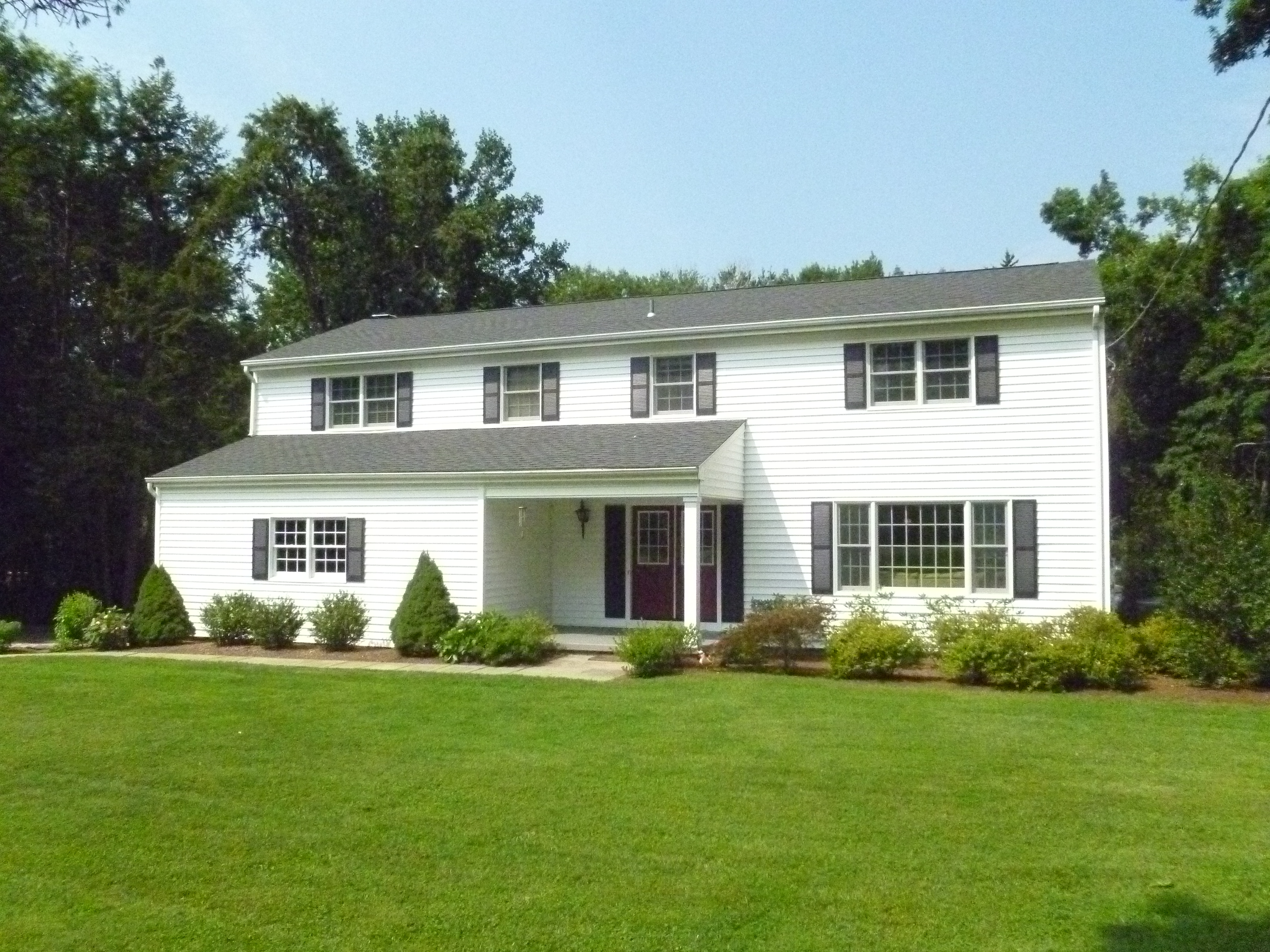 独户住宅 为 销售 在 Completely Renovated Colonial 52 Langstroth Drive Ridgefield, 康涅狄格州 06877 美国