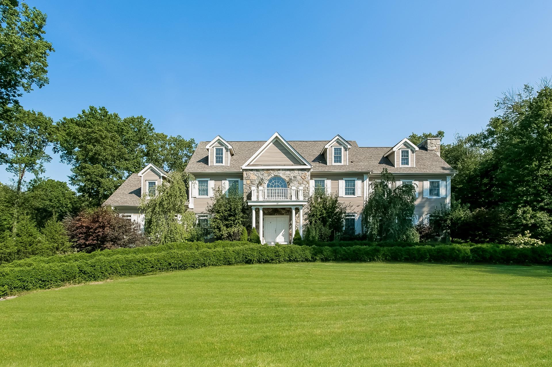 Casa Unifamiliar por un Venta en Luxury in Westover 19 West Hill Road Stamford, Connecticut 06902 Estados Unidos