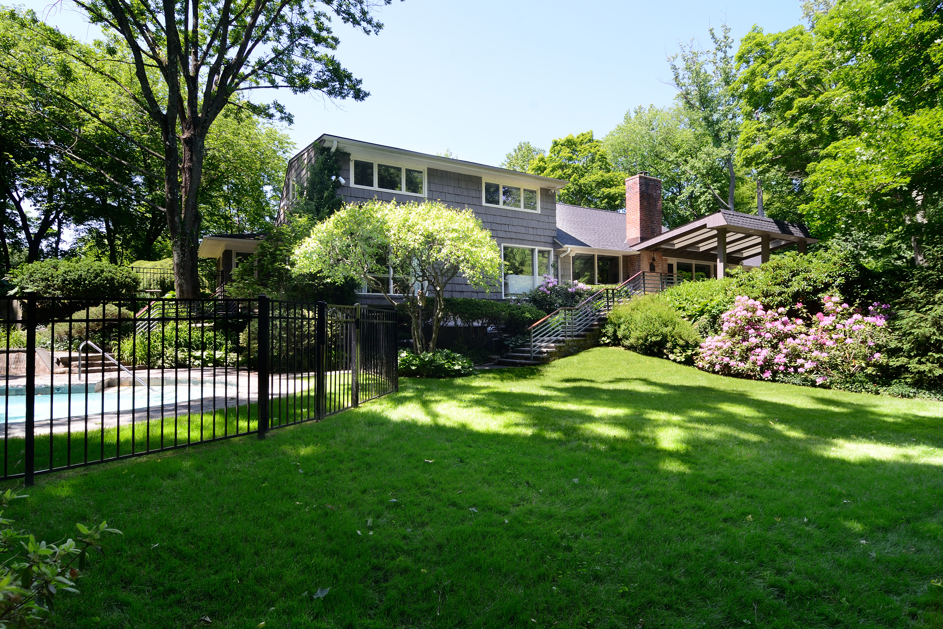 Property For Sale at 42 Winfield Avenue