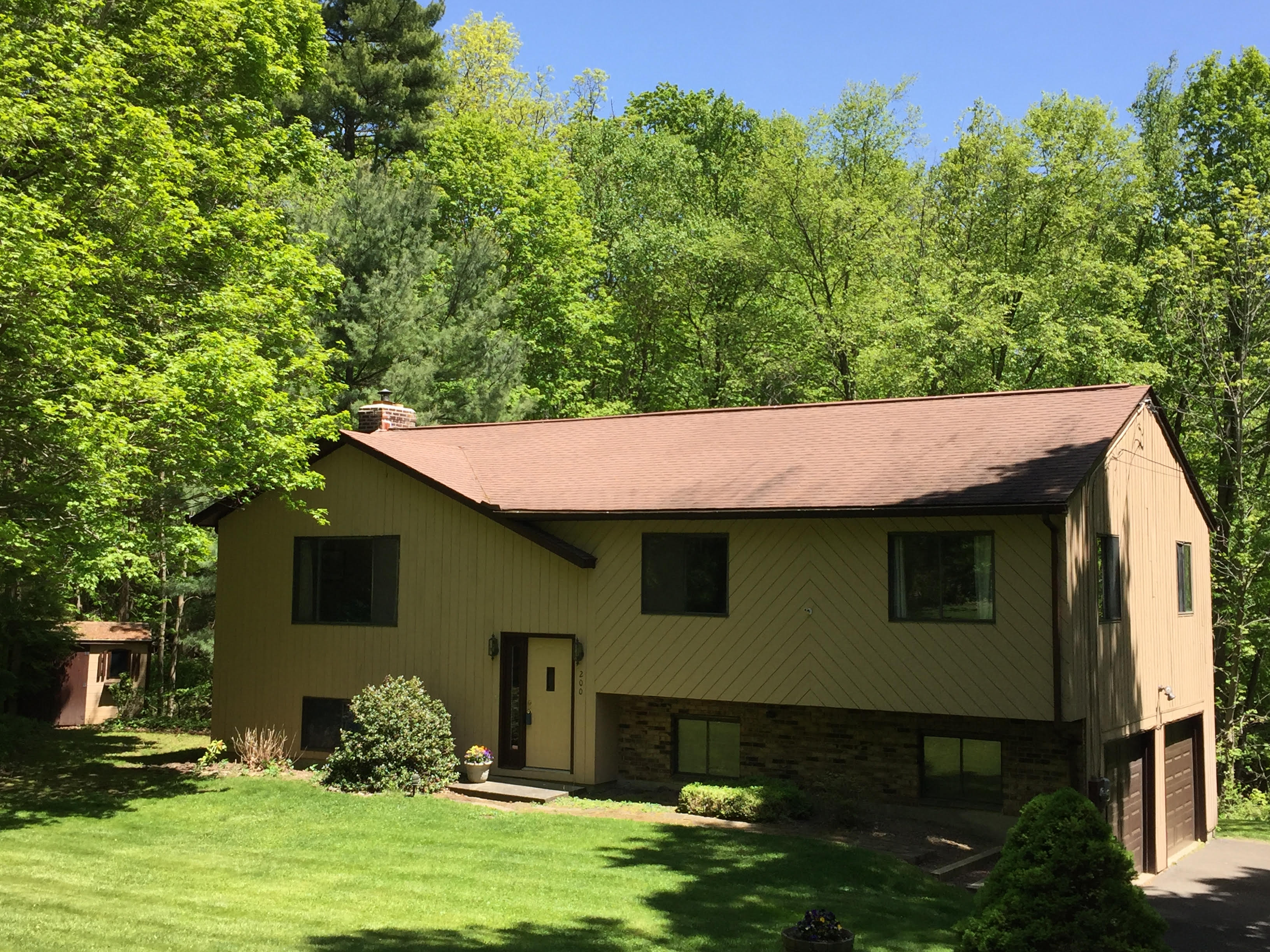 Single Family Home for Sale at Four Bedroom Raised Ranch 200 Pine Hill Road New Fairfield, Connecticut, 06812 United States