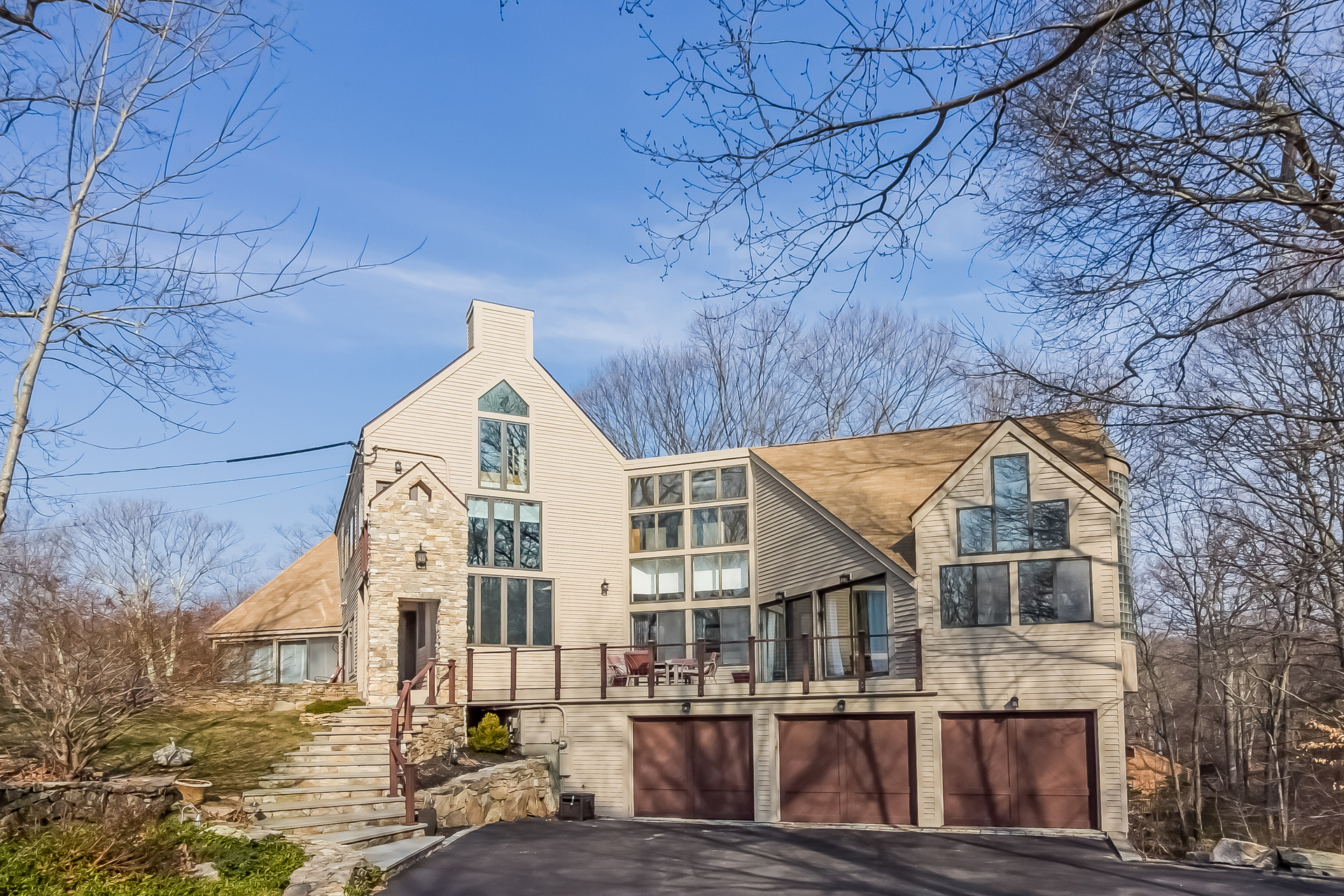 Single Family Home for Sale at Striking Contemporary 40 Denison Dr Guilford, Connecticut, 06437 United States