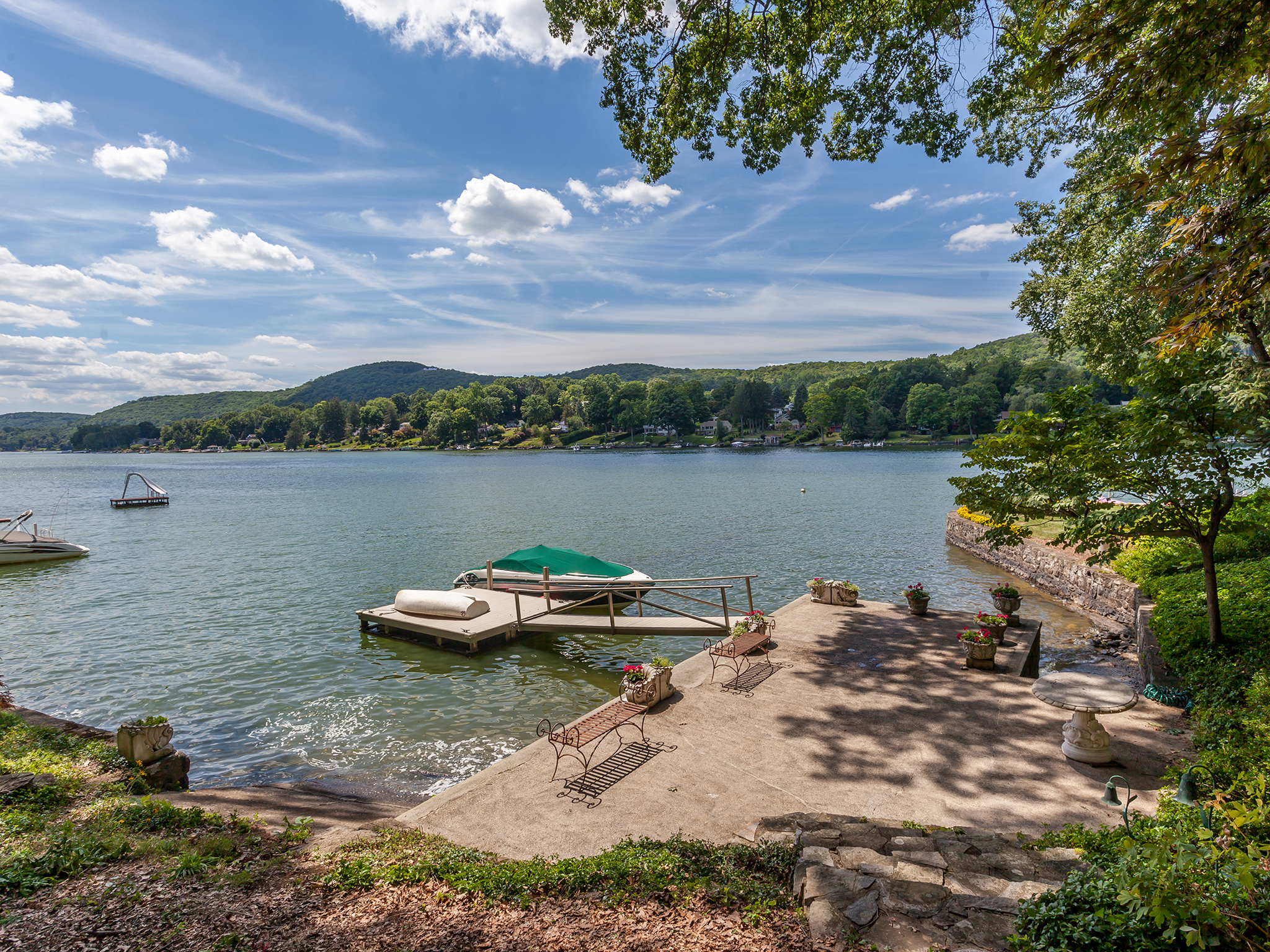 Single Family Home for Sale at Candlewood Lake Waterfront 42 Bogus Hill Road New Fairfield, Connecticut, 06812 United States