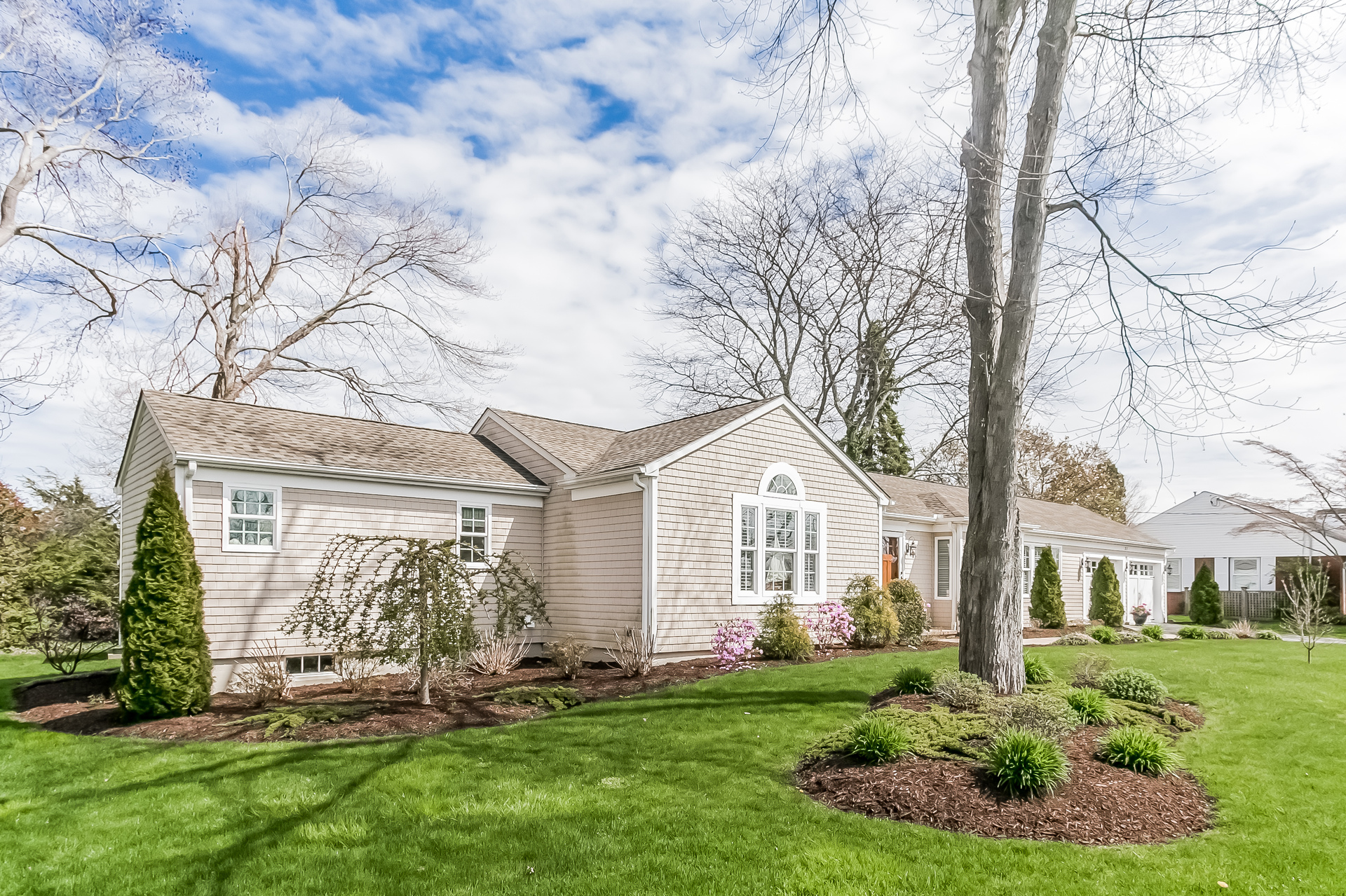 Single Family Home for Sale at Pristine! Walk to town, beach & golf course. 31 West Wharf Rd Madison, Connecticut, 06443 United States