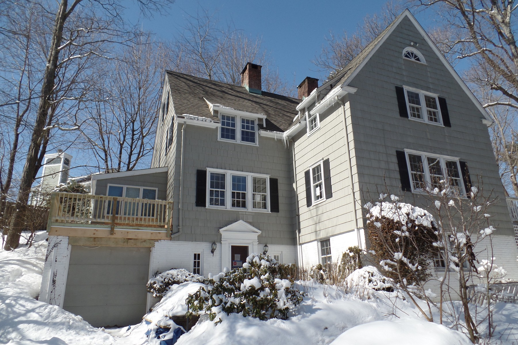 Single Family Home for Sale at Classic Elegant Colonial with Condo Convenience 23 Sawmill Road 13 Norwalk, Connecticut 06851 United States