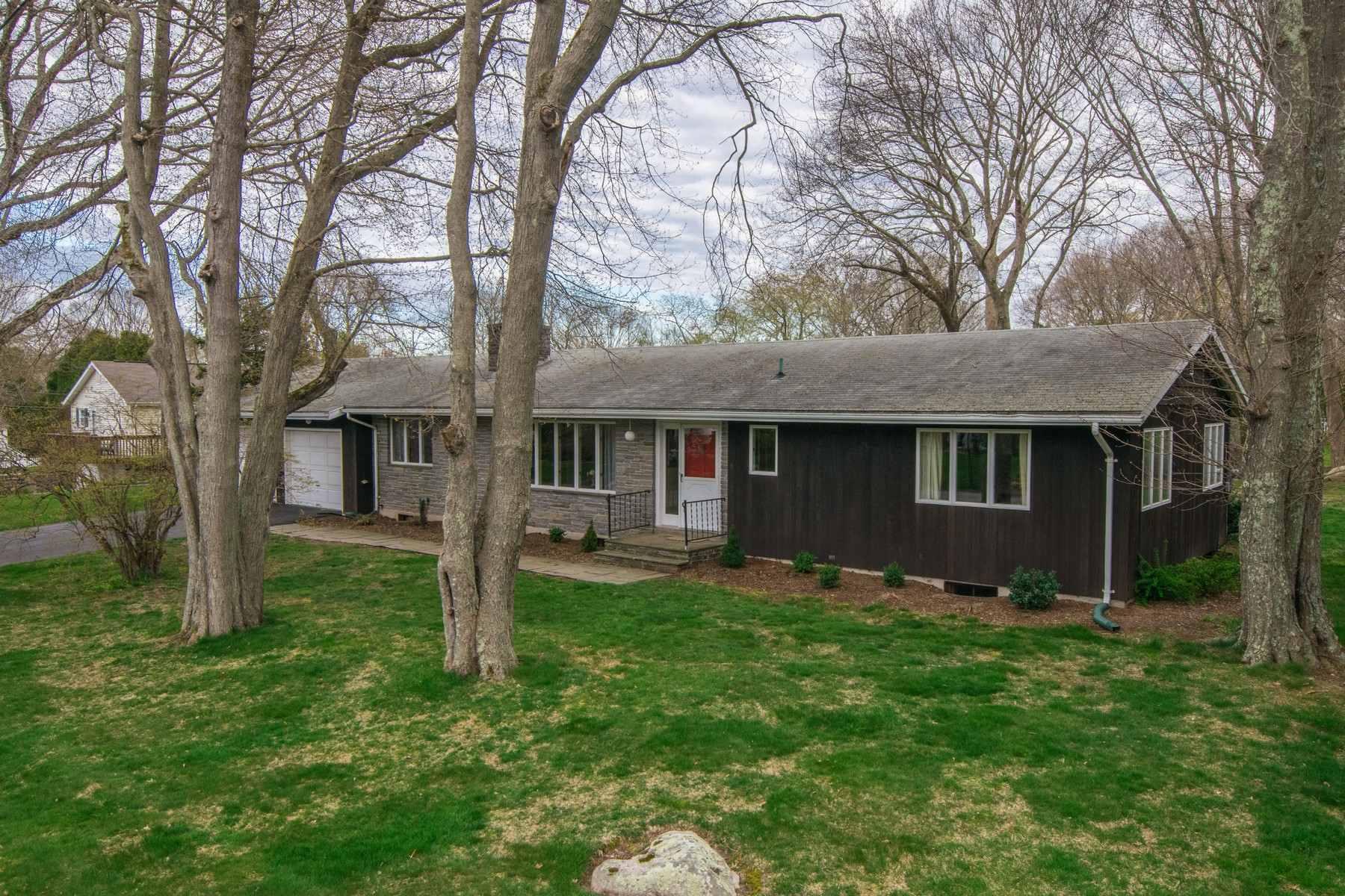 Single Family Home for Sale at Gracious ranch home with deeded rights to a private beach 4 Mitchell Dr East Lyme, Connecticut, 06357 United States