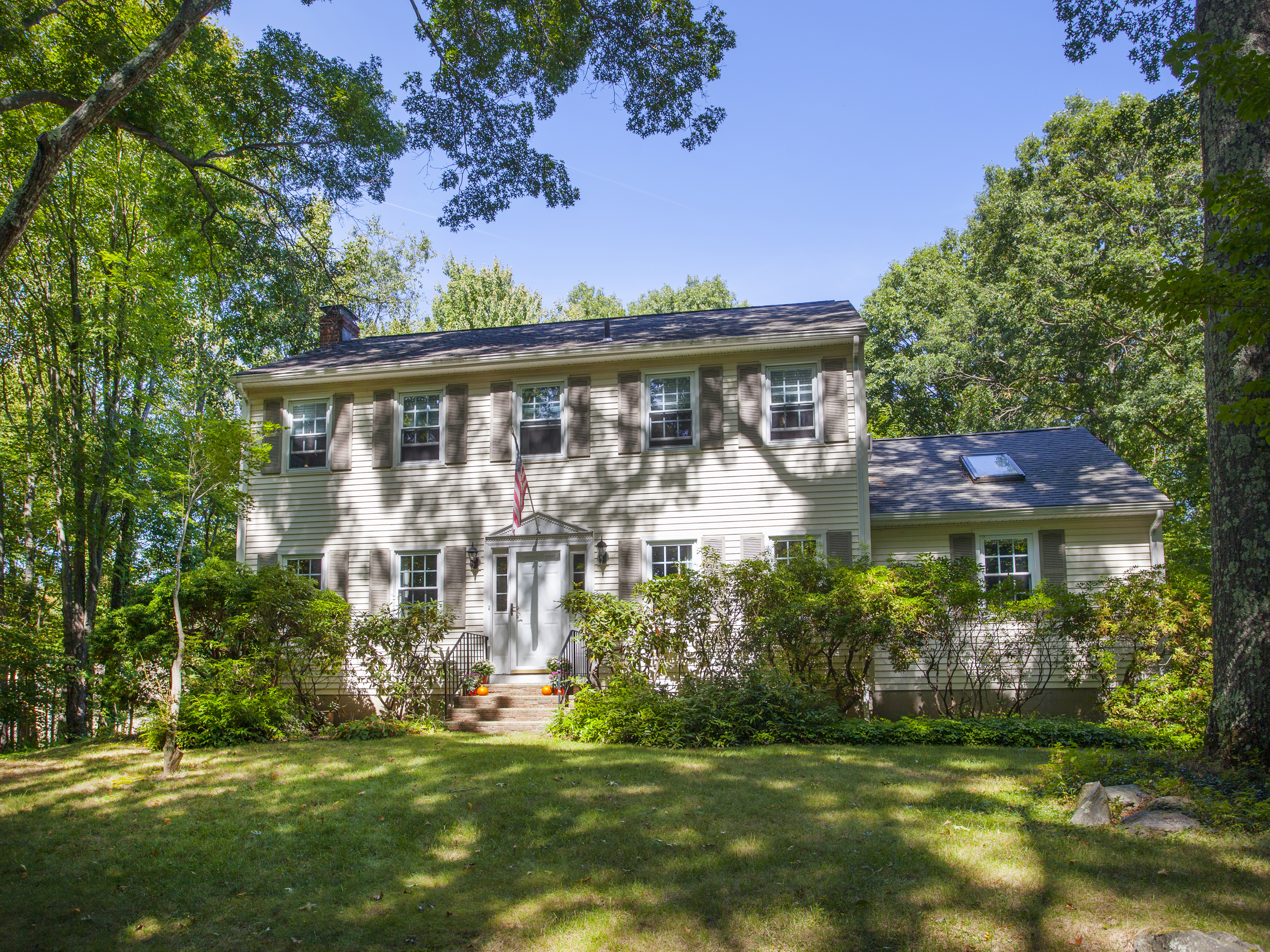 sales property at Roxbury Country Colonial