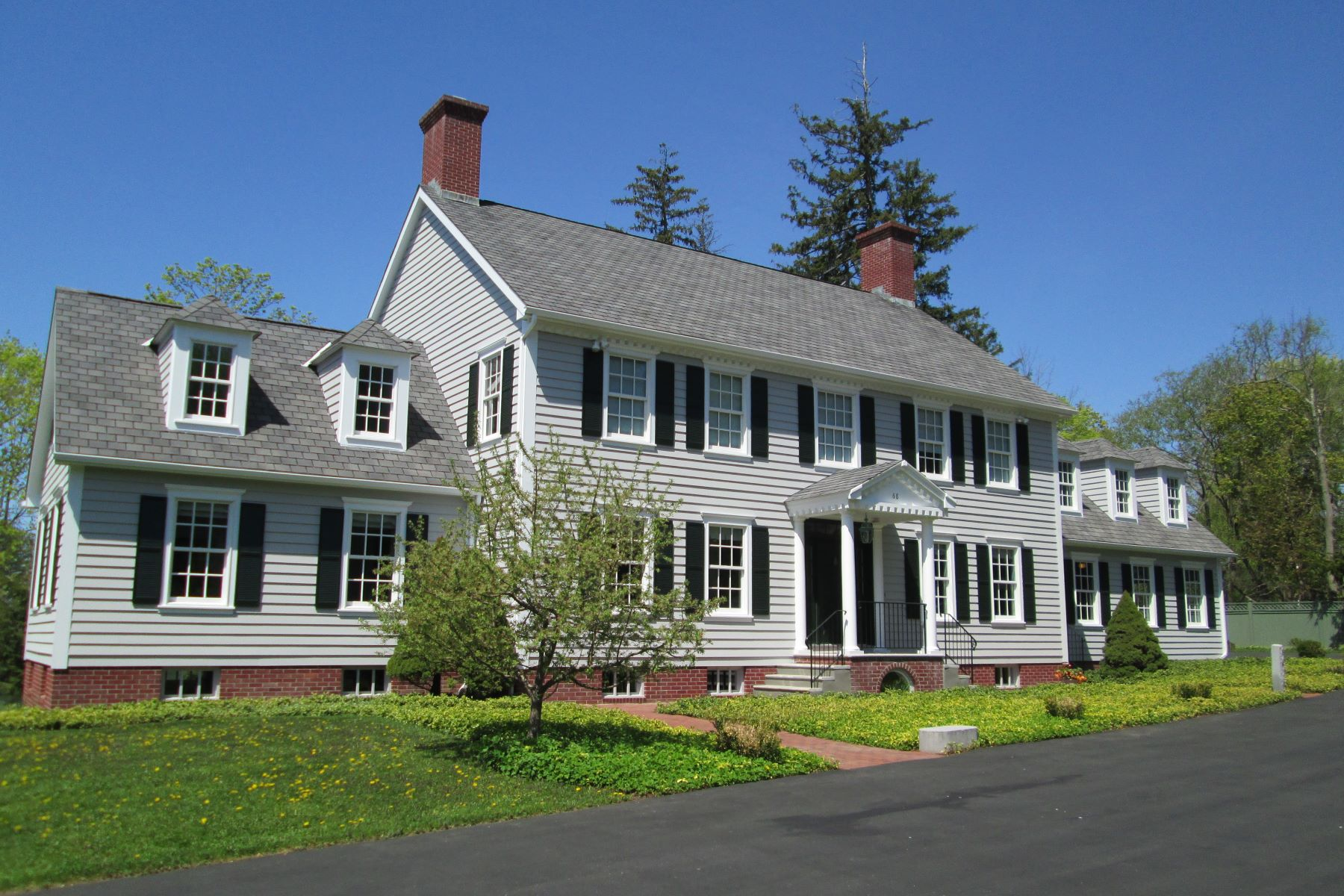 Single Family Homes for Sale at Impressive Village Colonial 68 South Street, Litchfield, Connecticut 06759 United States