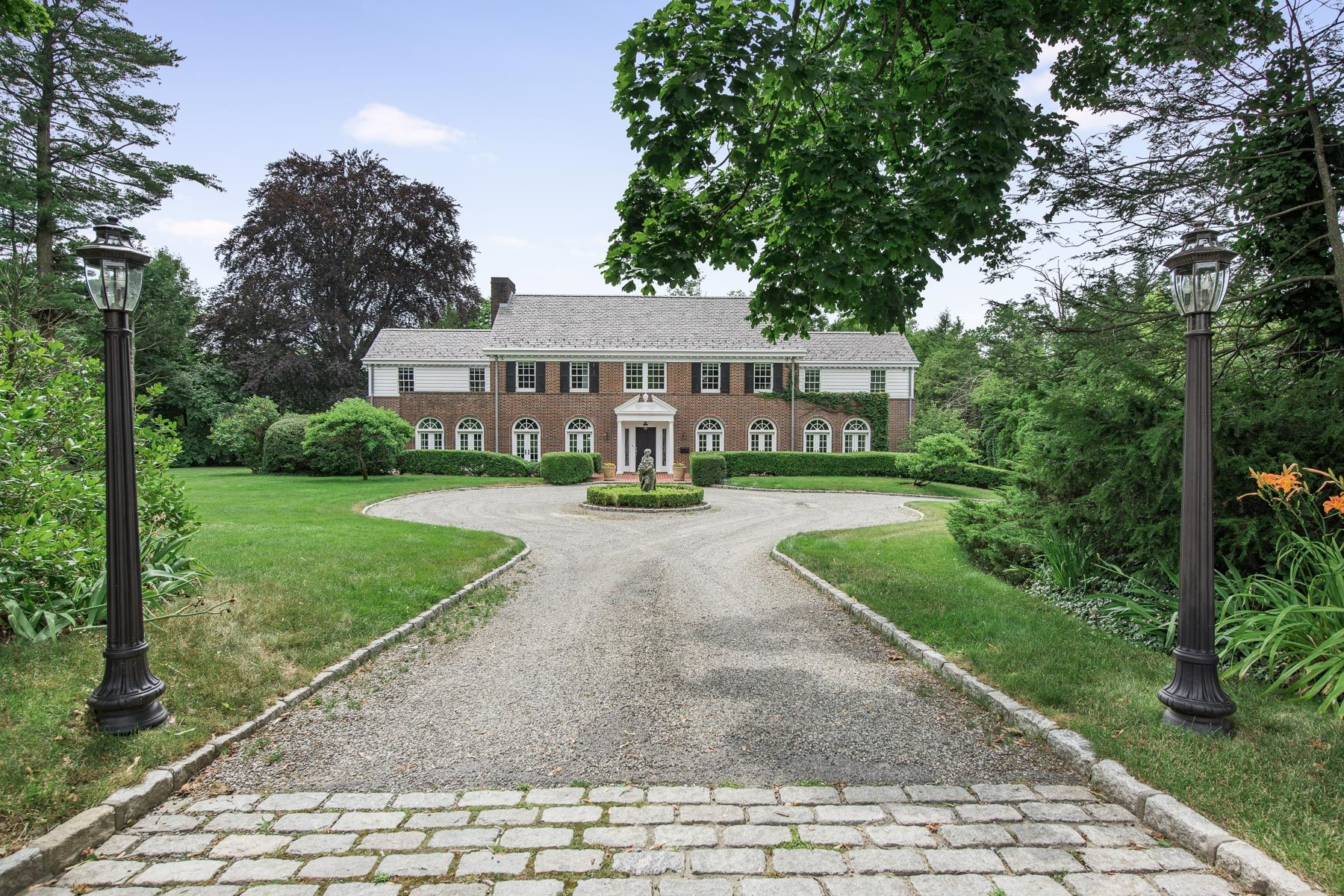 Single Family Homes for Sale at One of Scarsdale's Most Stunning Luxury Home 37 Morris Lane Scarsdale, New York 10583 United States