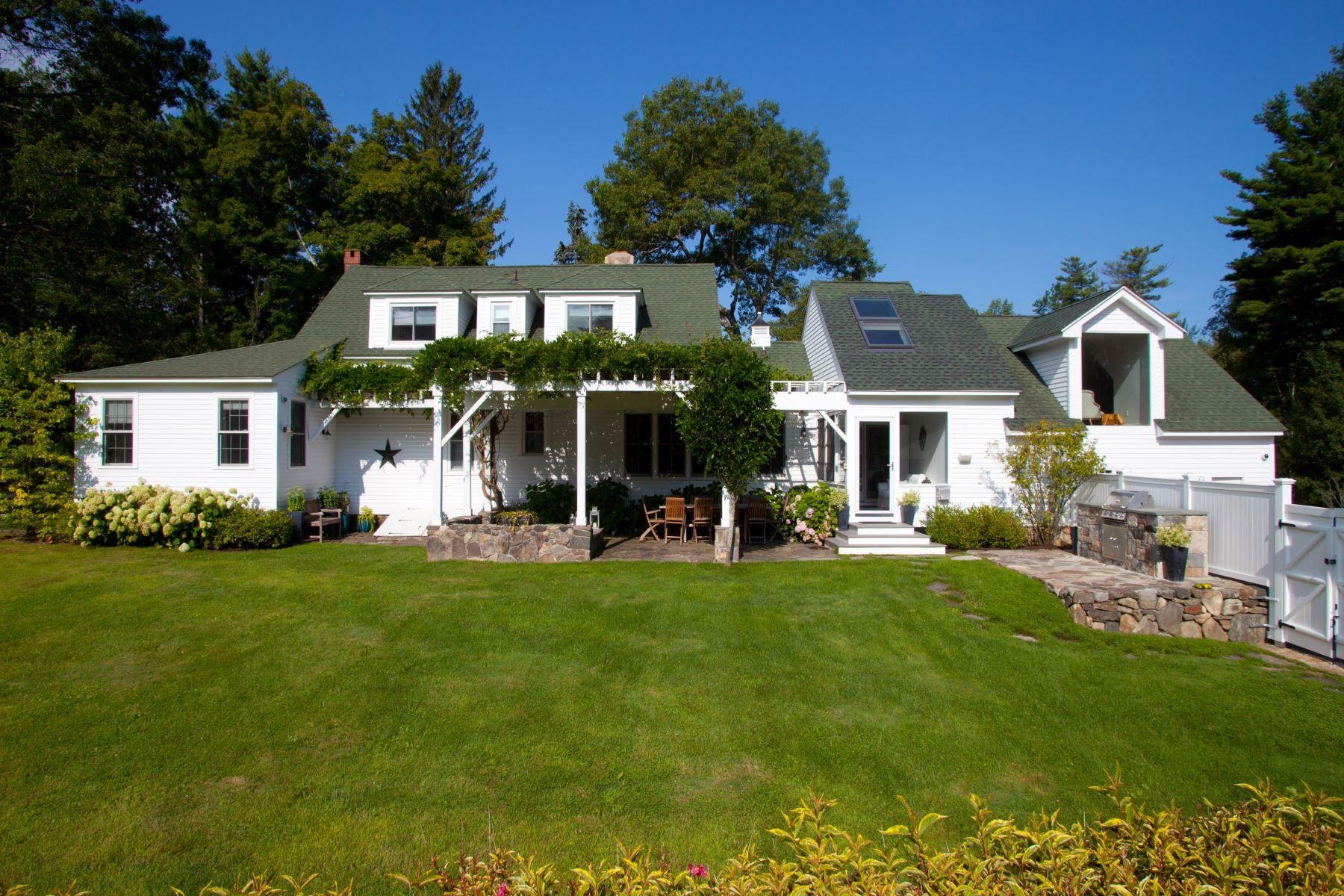 獨棟家庭住宅 為 出售 在 Classy 1930 Cape Cod 101 Cornwall Road, Warren, 康涅狄格州, 06754 美國