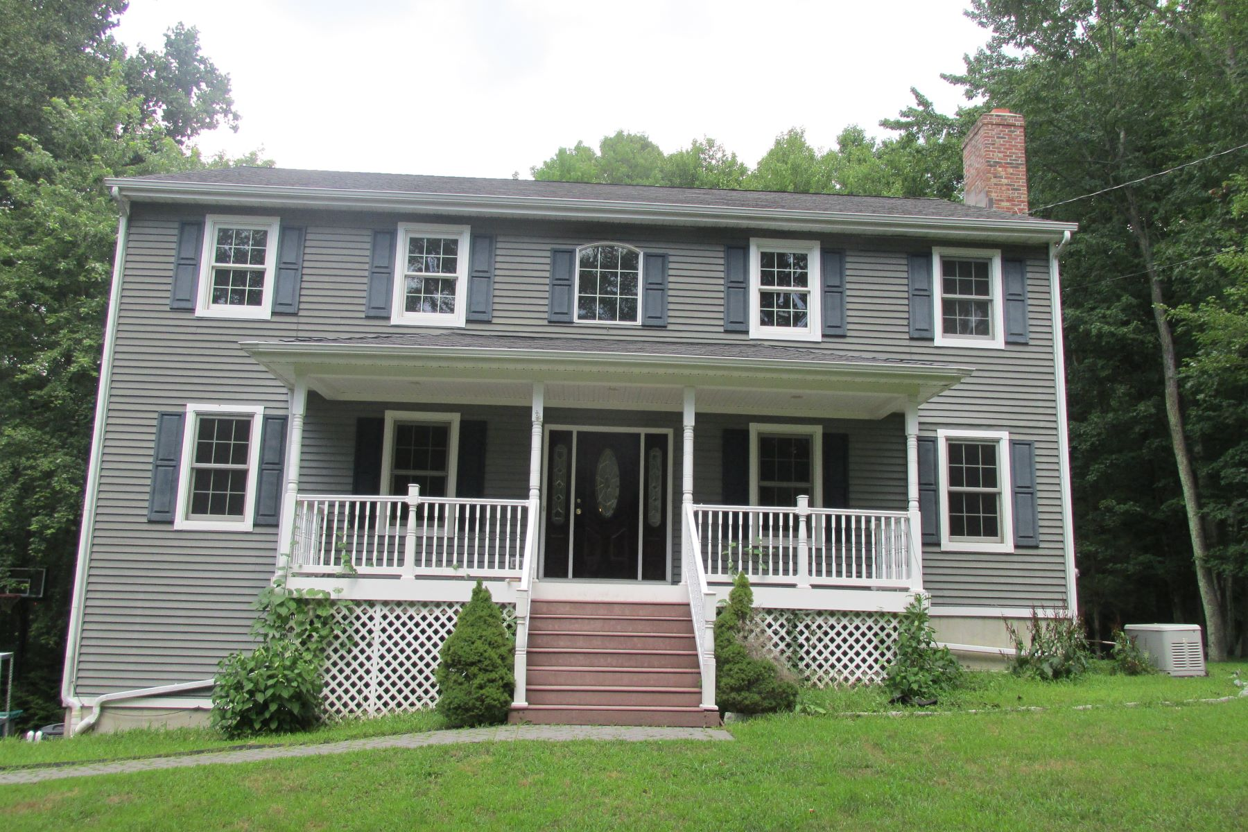 Single Family Homes for Sale at 15-b Shari Drive Seymour, Connecticut 06483 United States